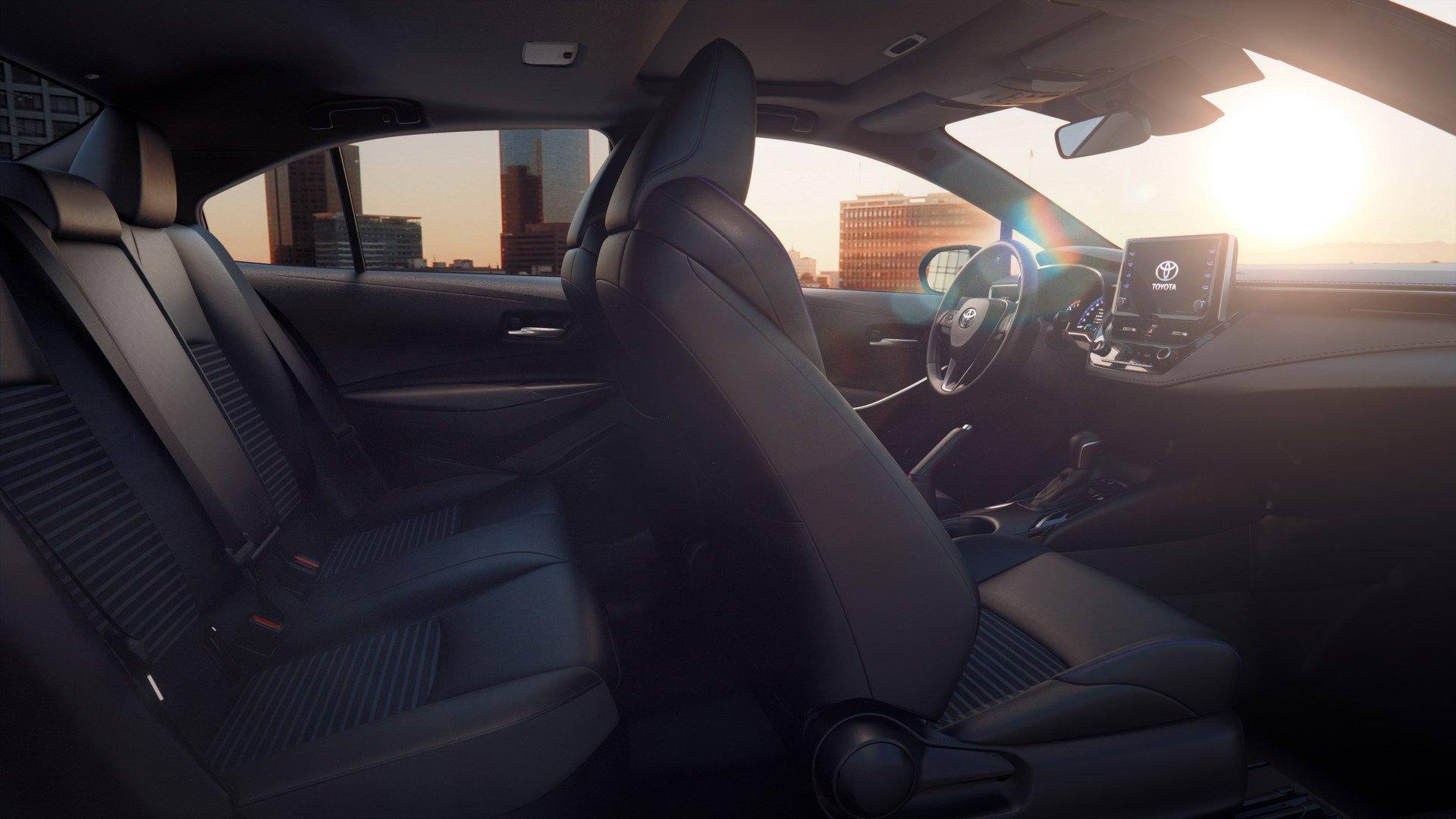 Toyota Corolla Sedan 2019 (24)