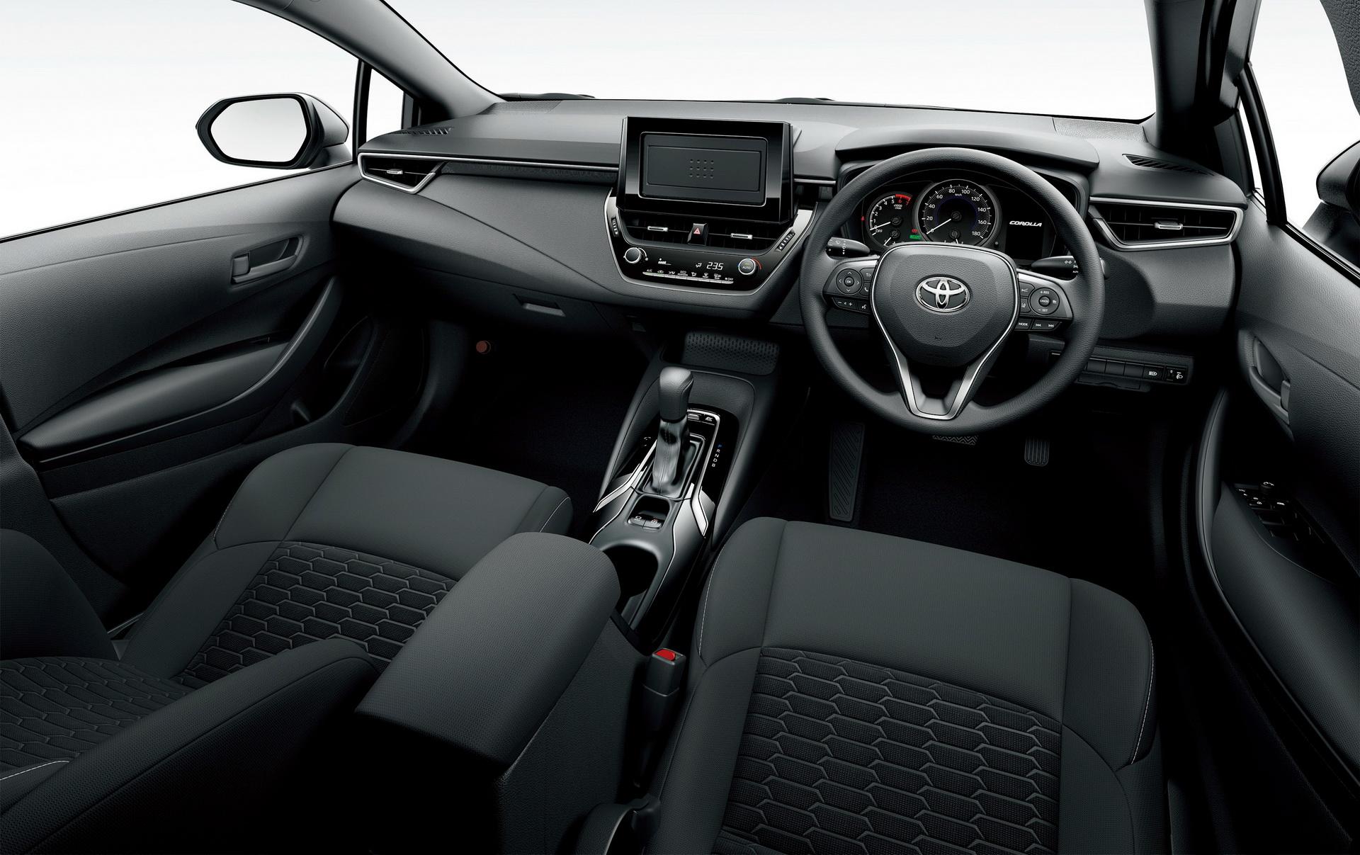 Toyota_Corolla_Sport_03