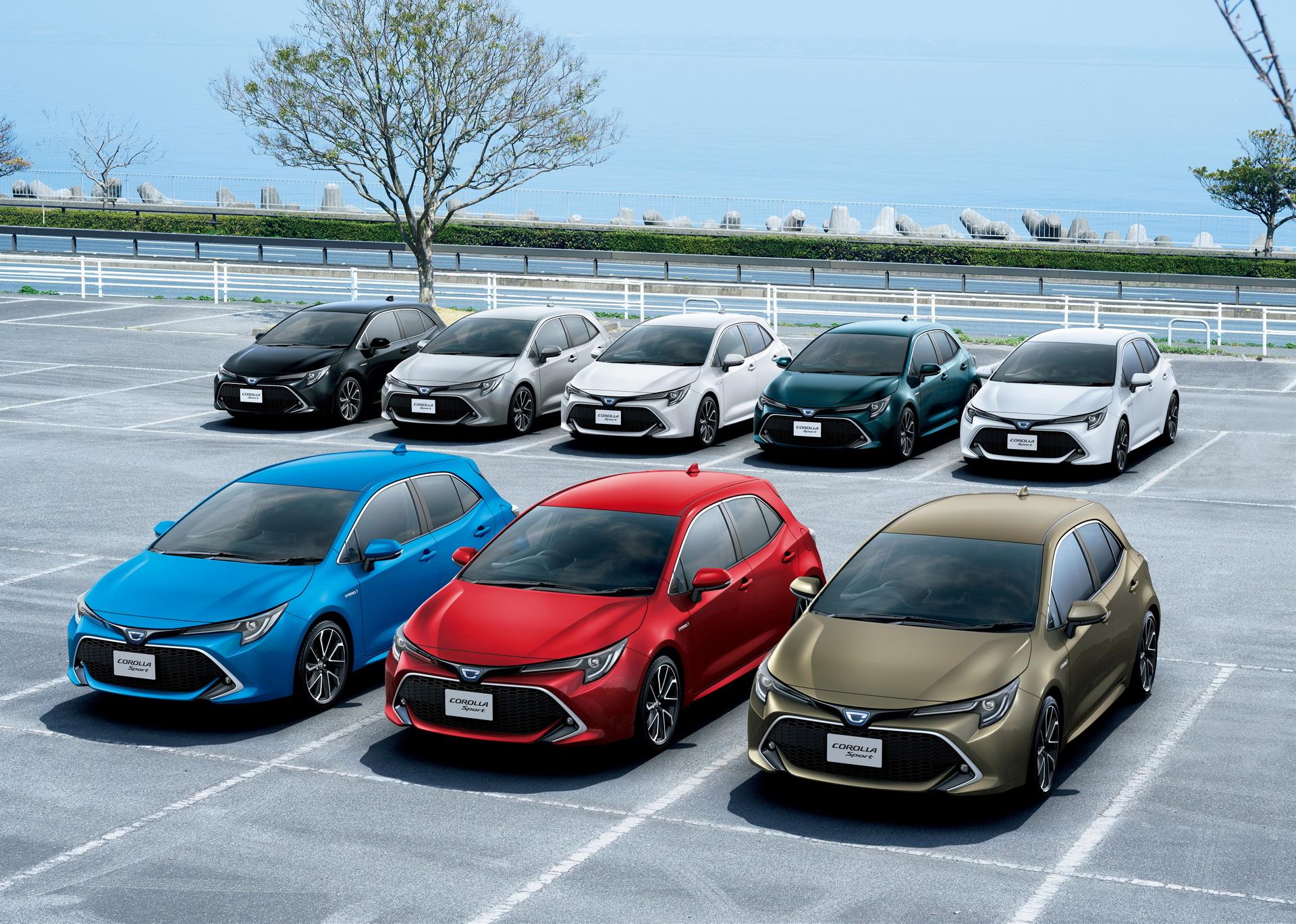 Toyota_Corolla_Sport_15
