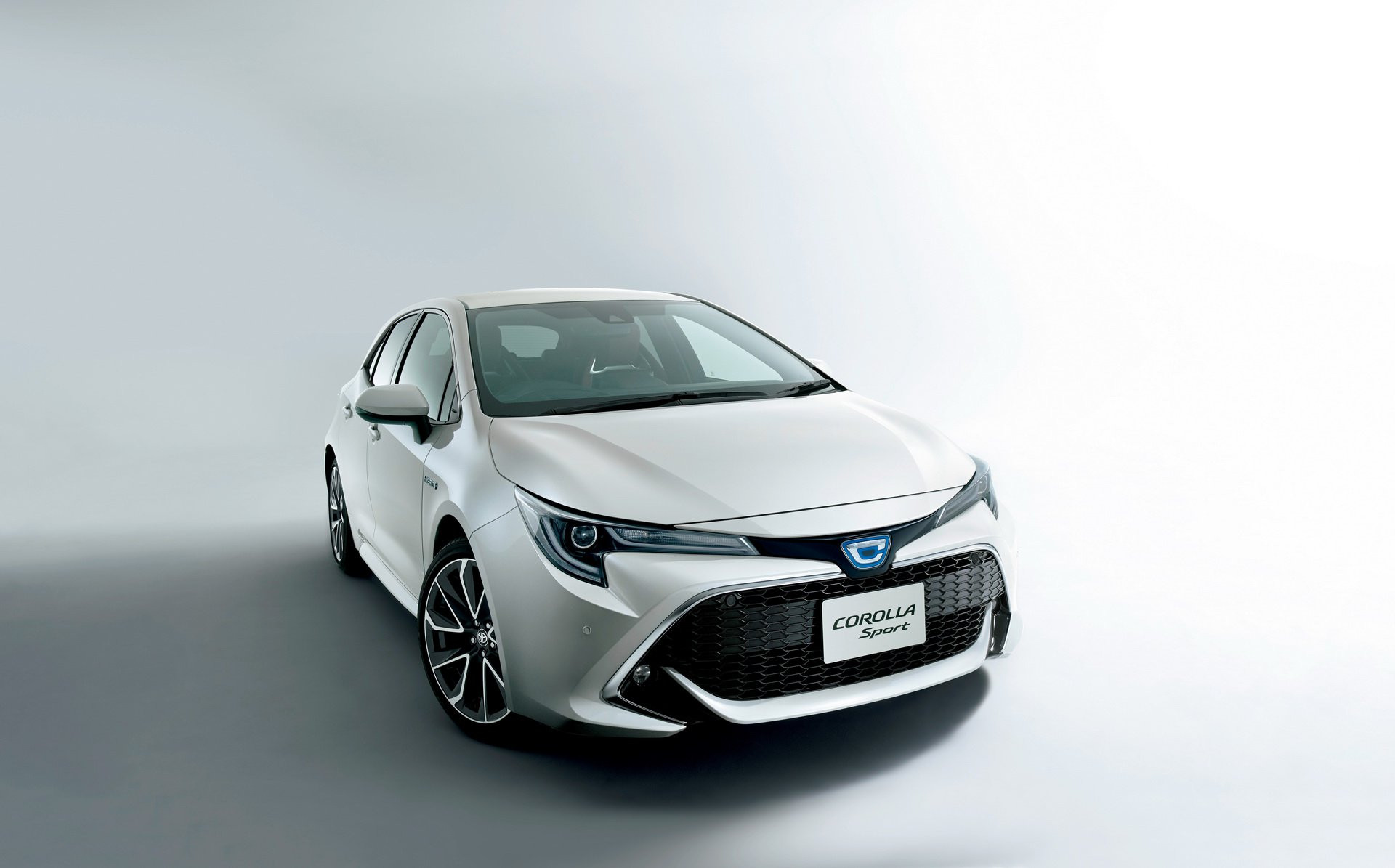 Toyota_Corolla_Sport_22