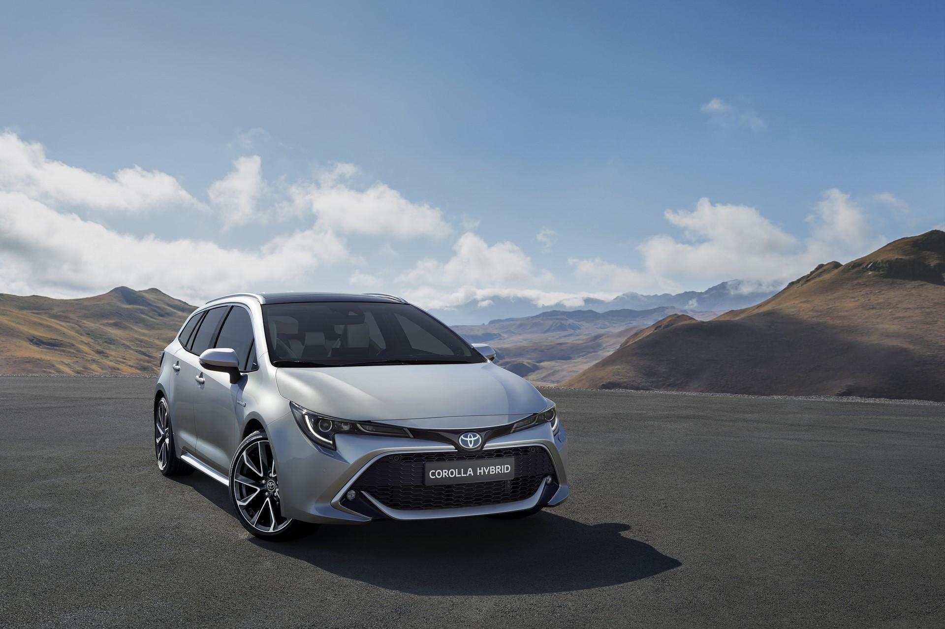 Toyota Corolla Touring Sports (1)