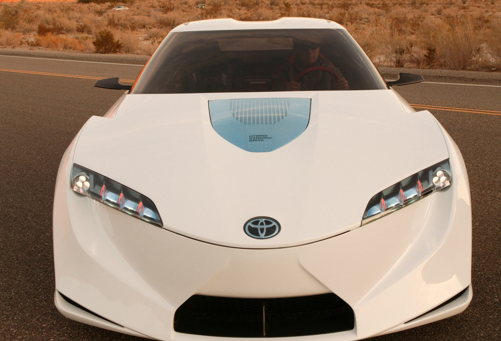 Toyota_FT-HS_concept_0012