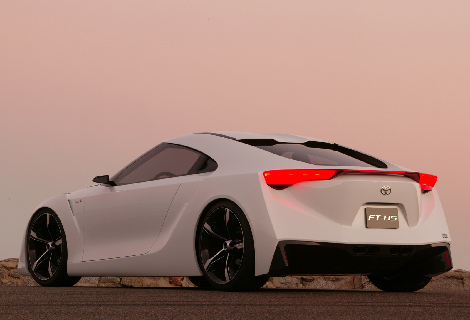 Toyota_FT-HS_concept_0041