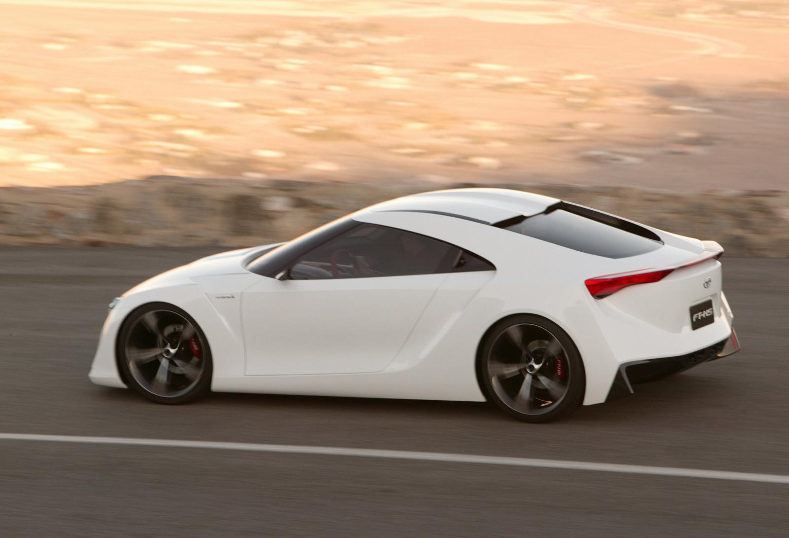 Toyota_FT-HS_concept_0046