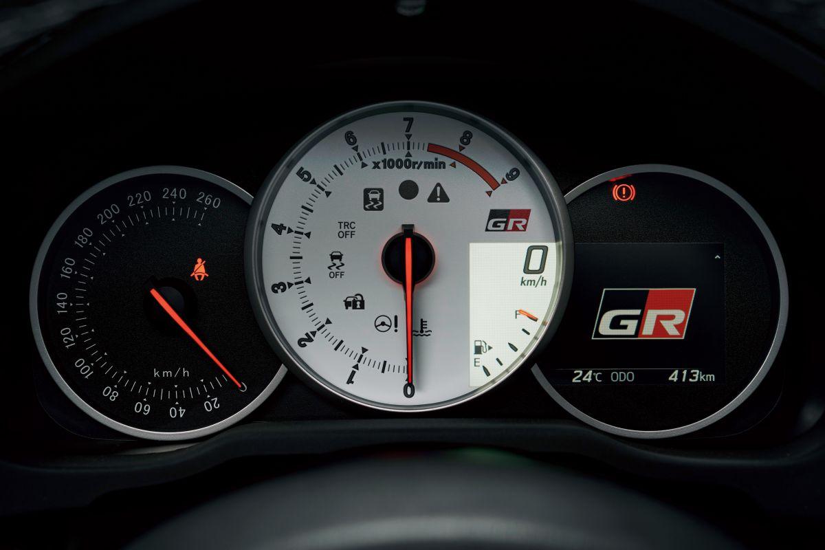 Toyota GT86 GR Sport (6)