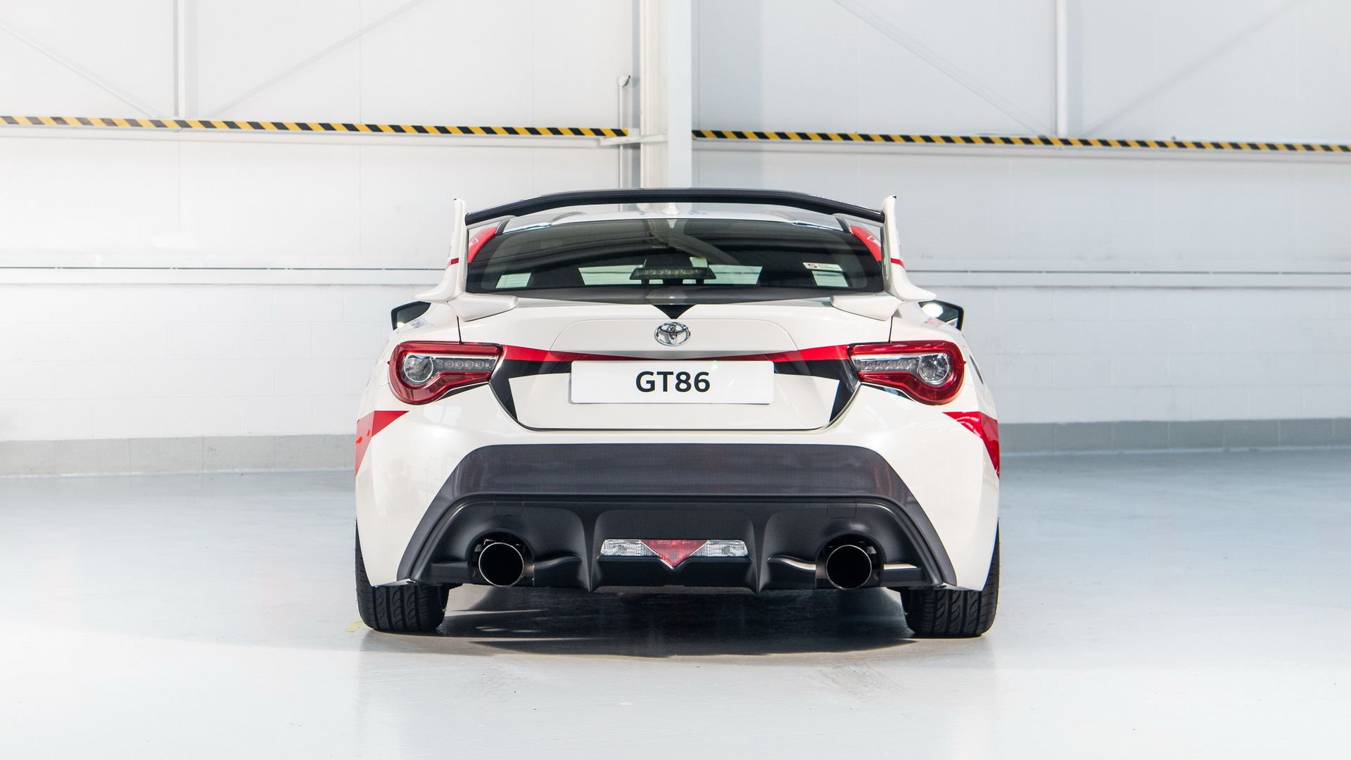 toyota-gt86-heritage-livery-24-hours-of-le-mans-11