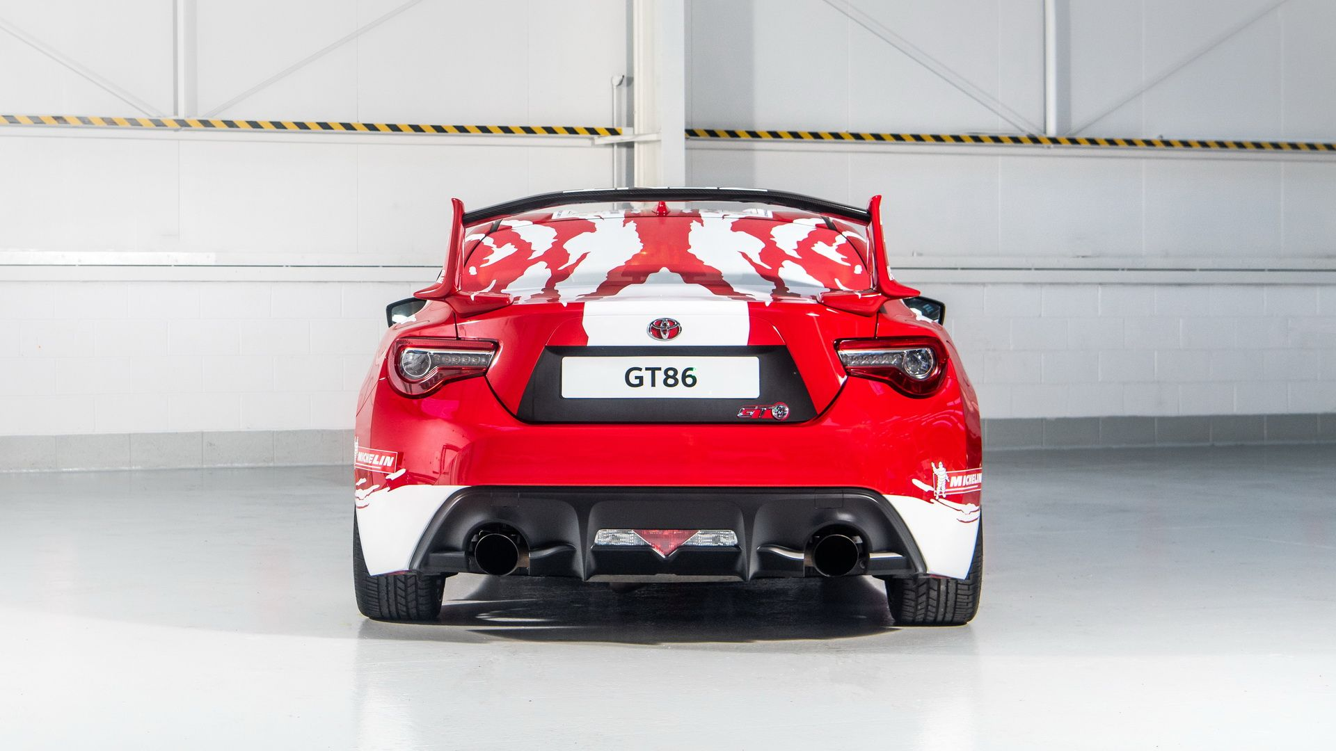 toyota-gt86-heritage-livery-24-hours-of-le-mans-12