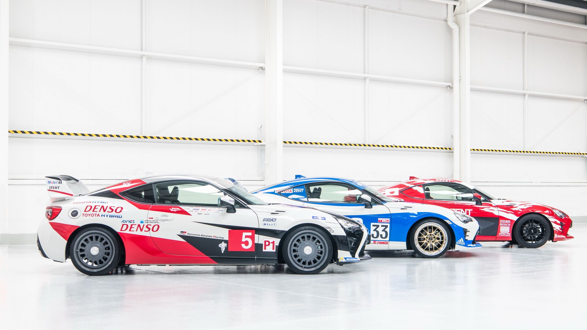 toyota-gt86-heritage-livery-24-hours-of-le-mans-18