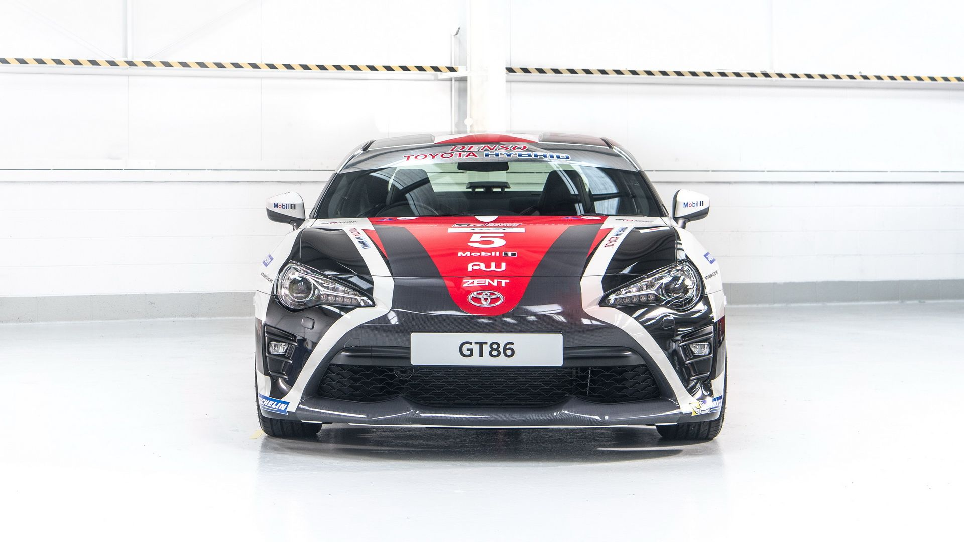 toyota-gt86-heritage-livery-24-hours-of-le-mans-8