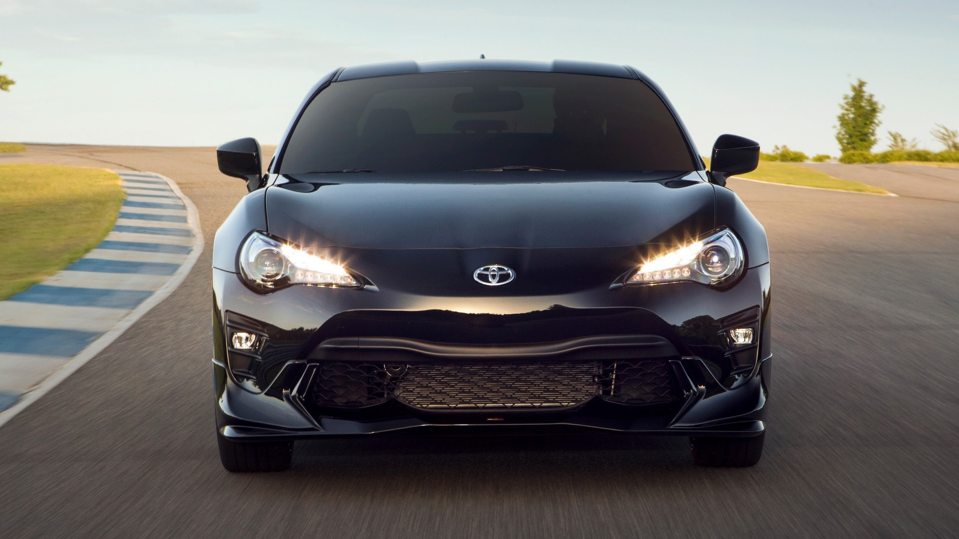 2019-toyota-86-trd-special-edition-12-1