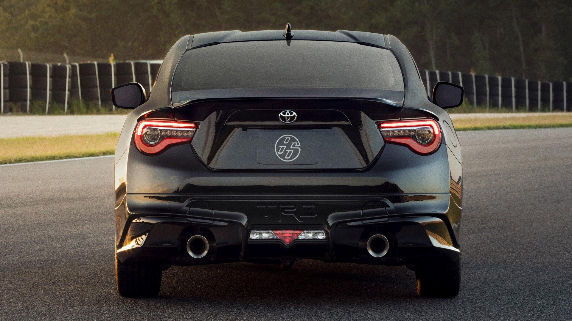 2019-toyota-86-trd-special-edition-29-1