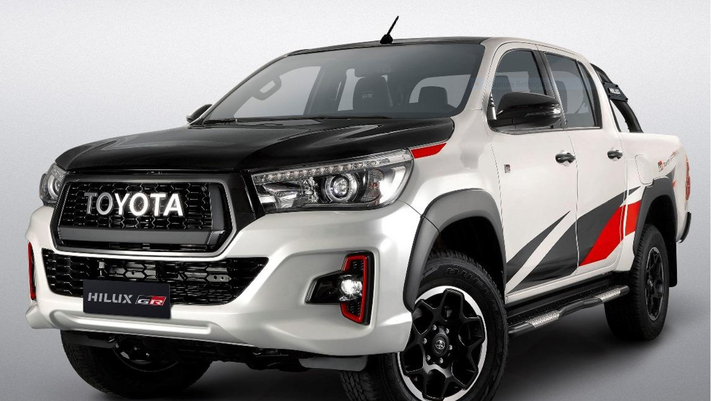 Toyota_Hilux_GR_Sport_0004
