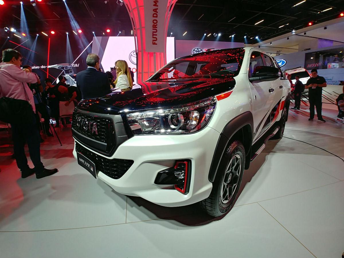 Toyota_Hilux_GR_Sport_0012