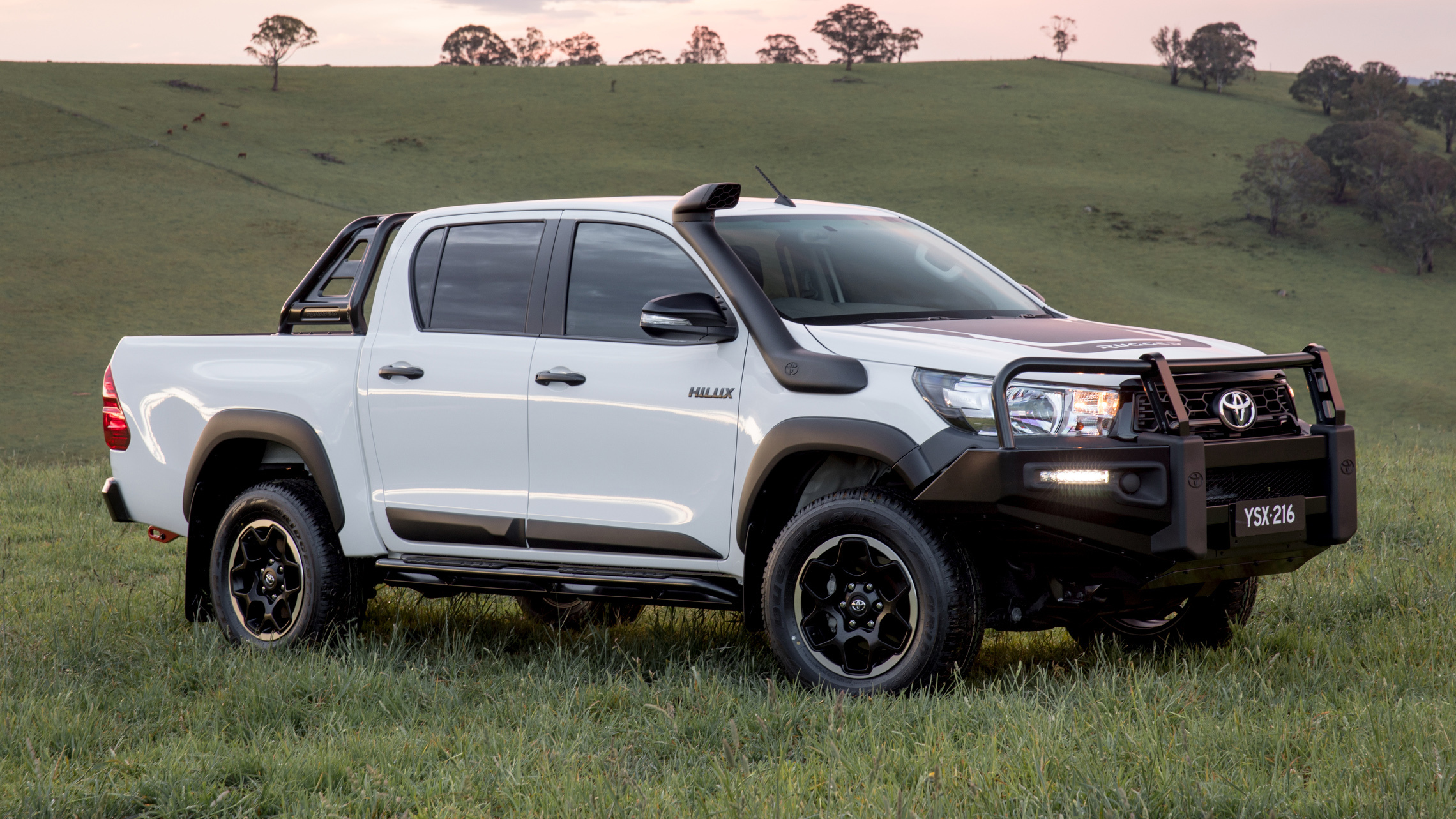 Toyota HiLux Rugged (for carousel)
