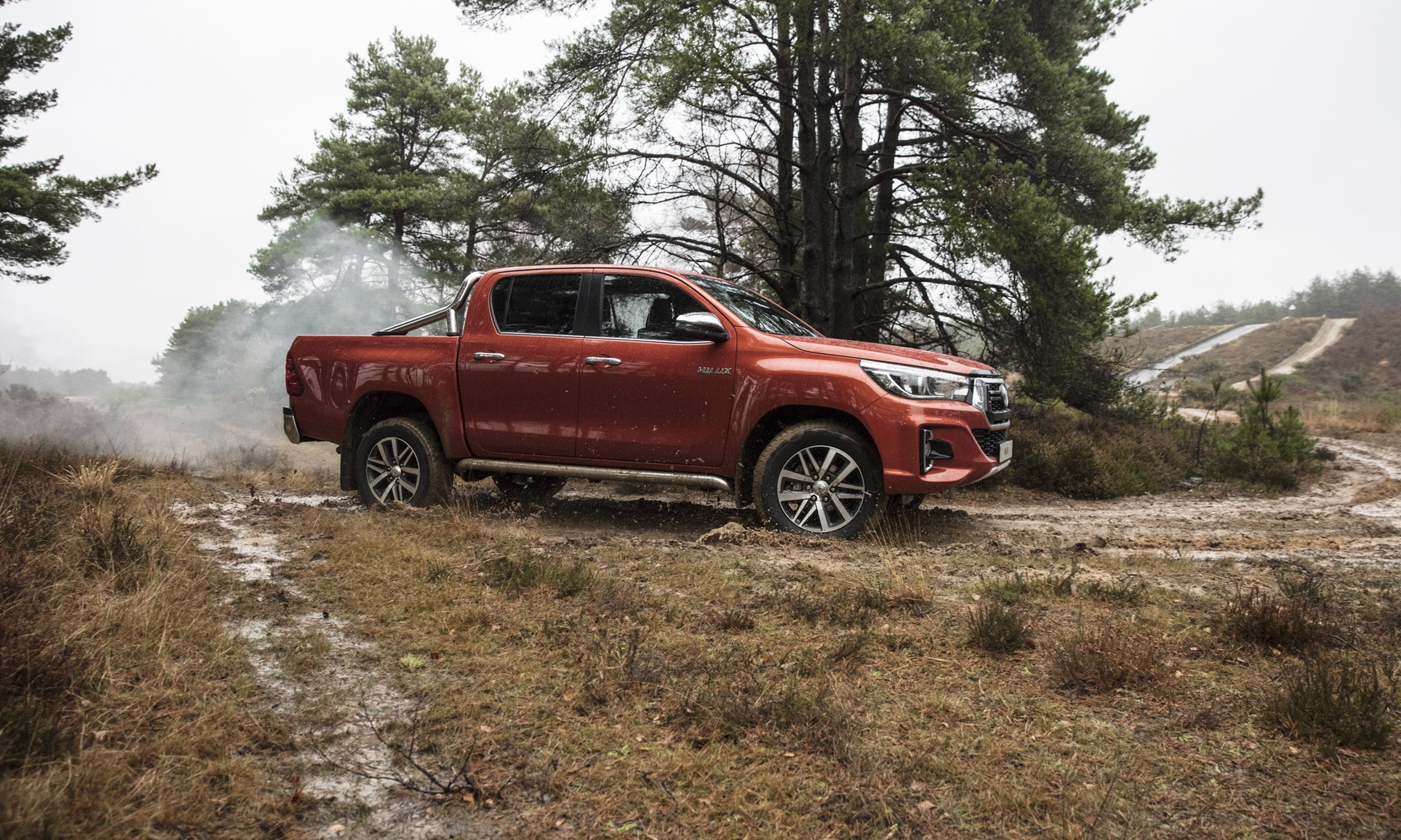 Toyota_Hilux_Special_Edition_0017