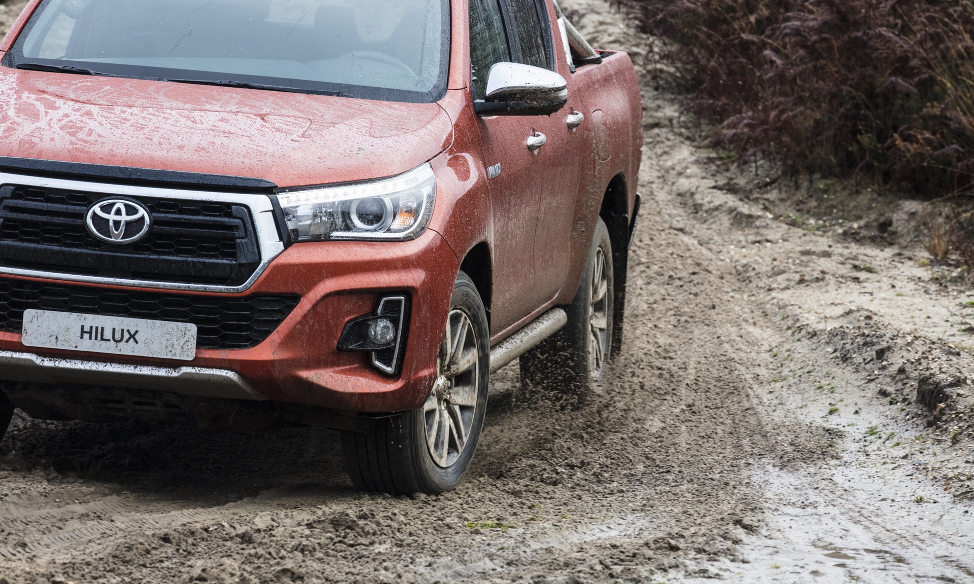 Toyota_Hilux_Special_Edition_0022
