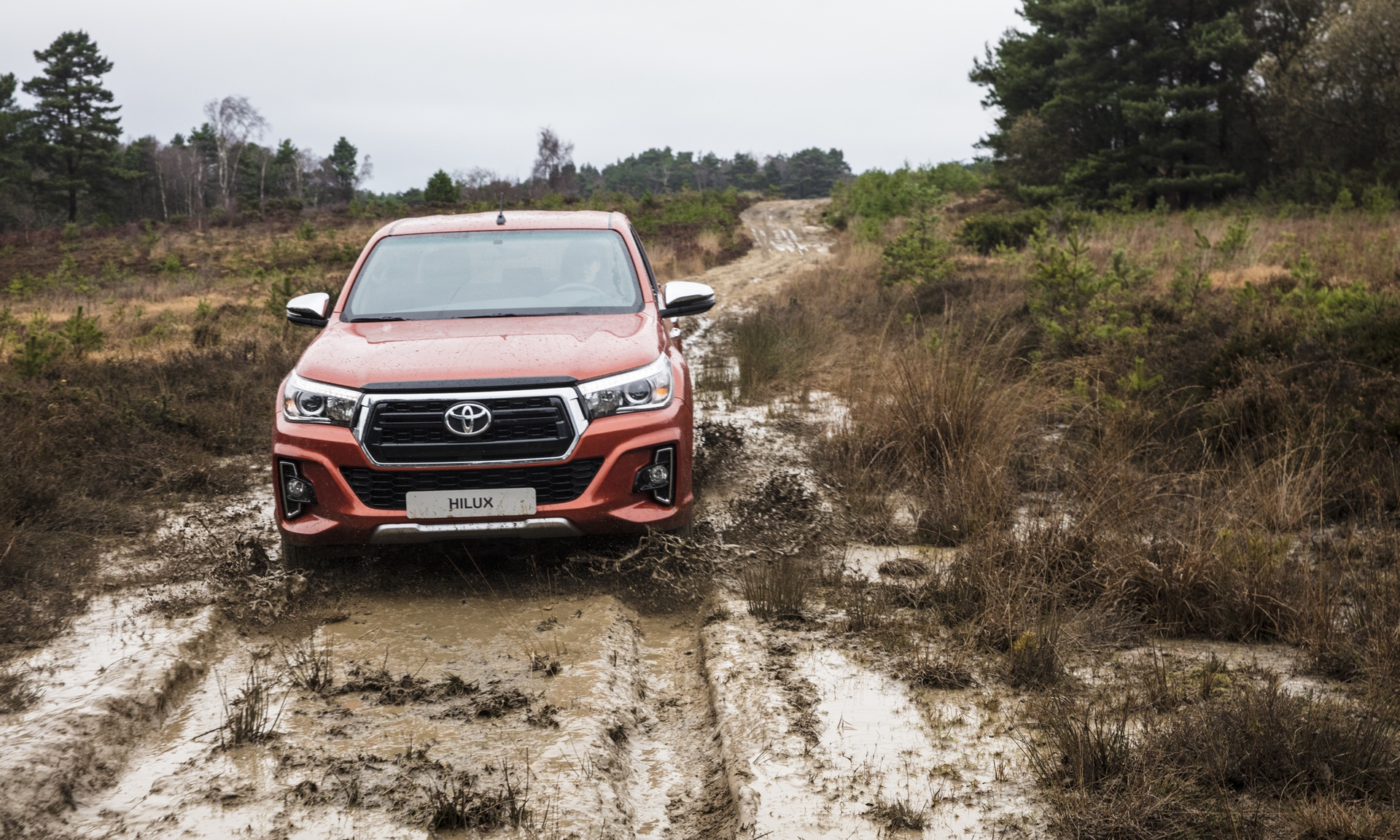 Toyota_Hilux_Special_Edition_0023