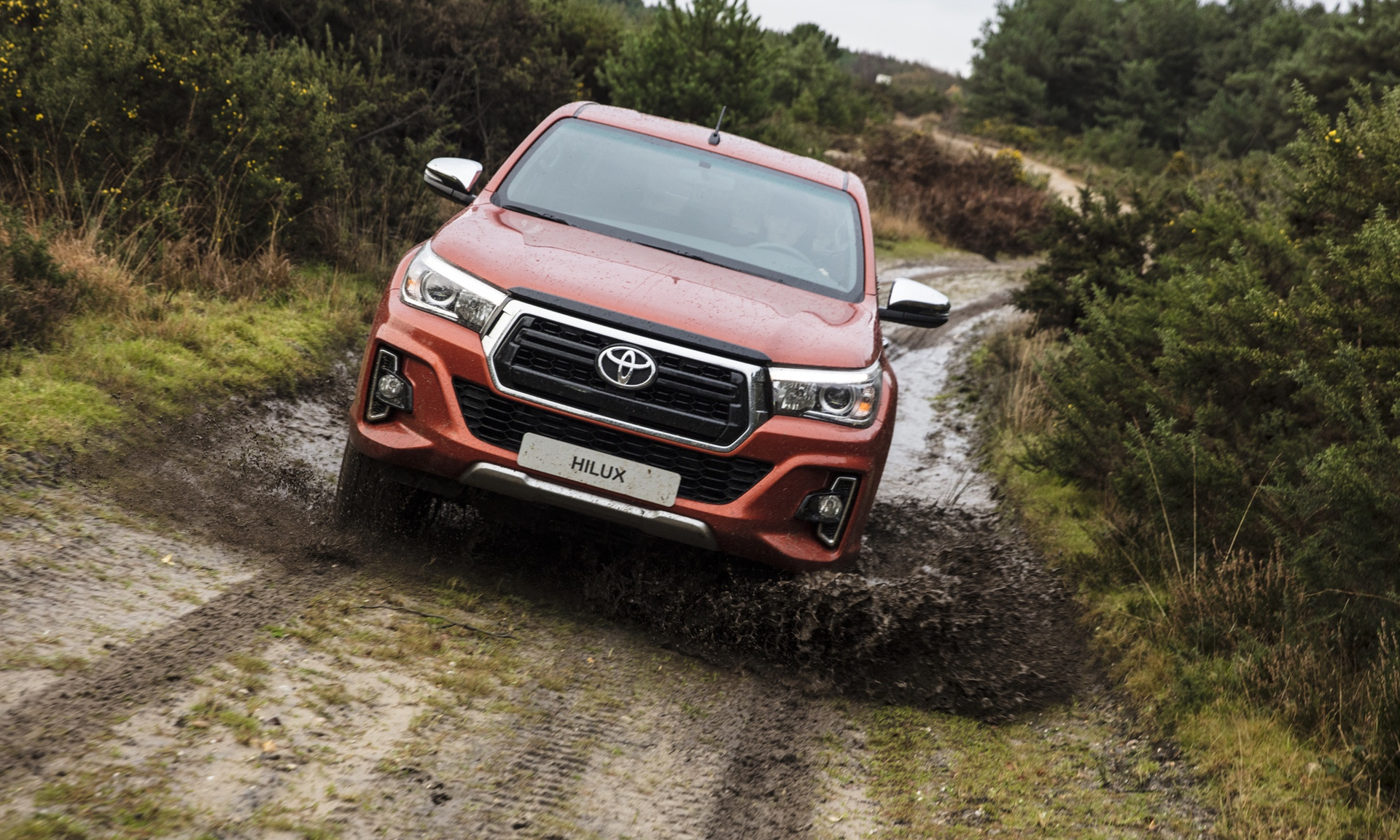 Toyota_Hilux_Special_Edition_0028