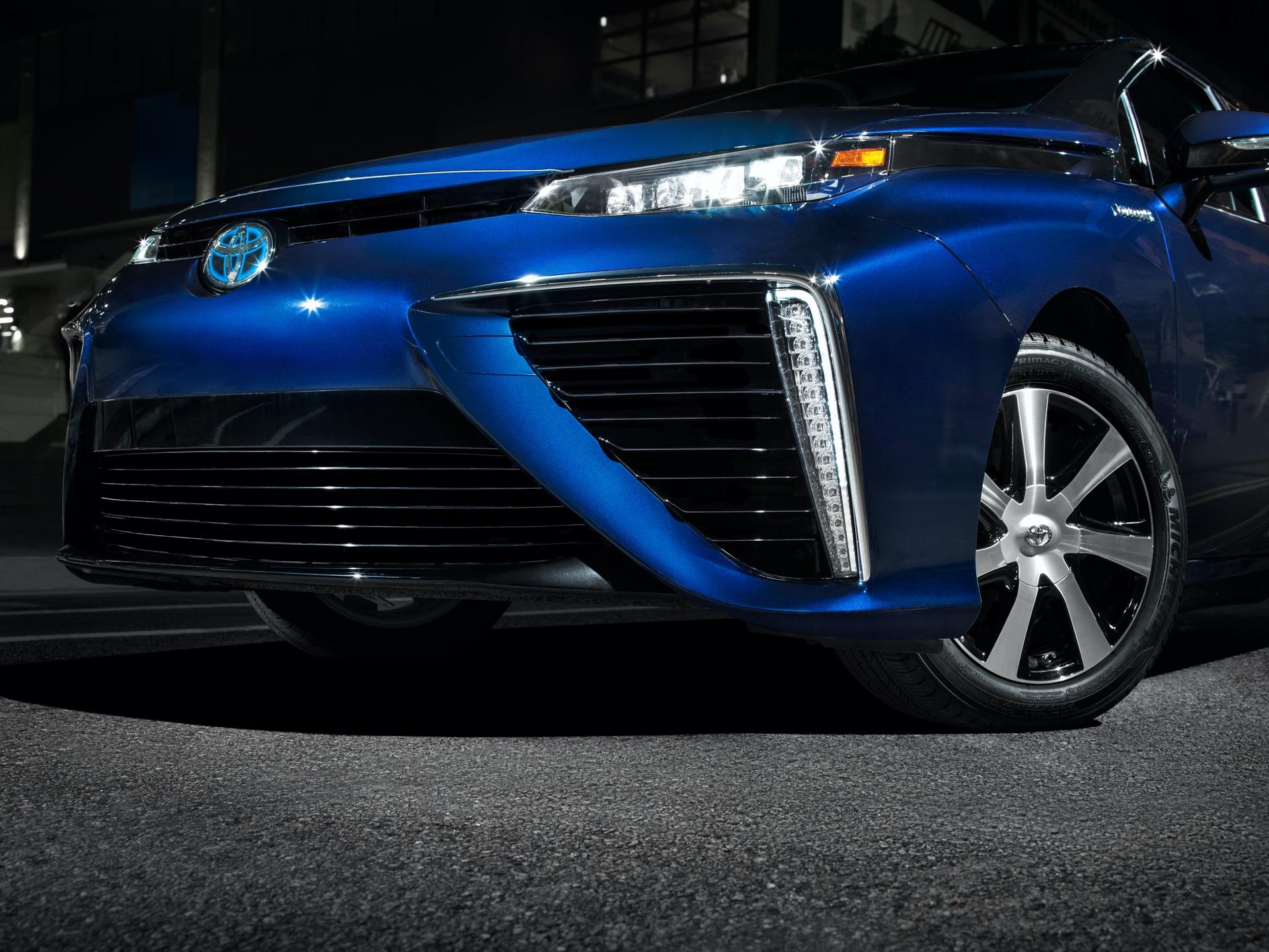Toyota_Mirai_California_0003