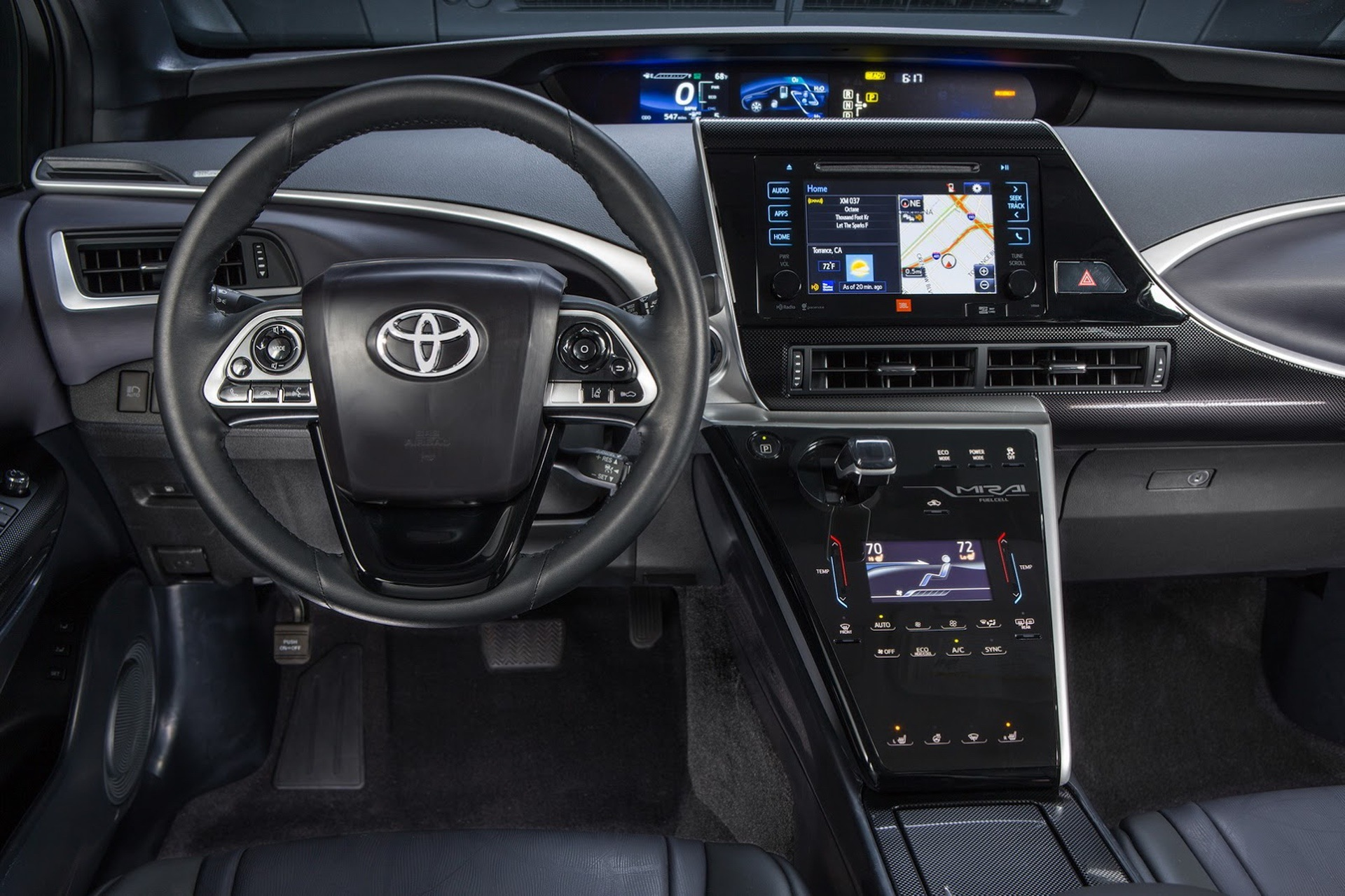 Toyota_Mirai_California_0005