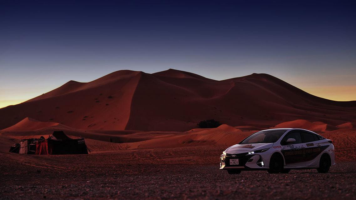Toyota Prius Paris to Dakar (2)