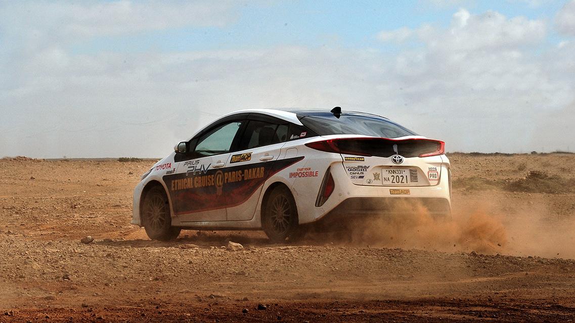 Toyota Prius Paris to Dakar (3)