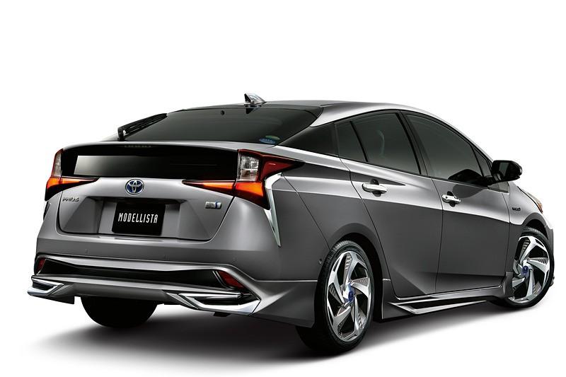 Toyota Prius TRD andModellista (4)