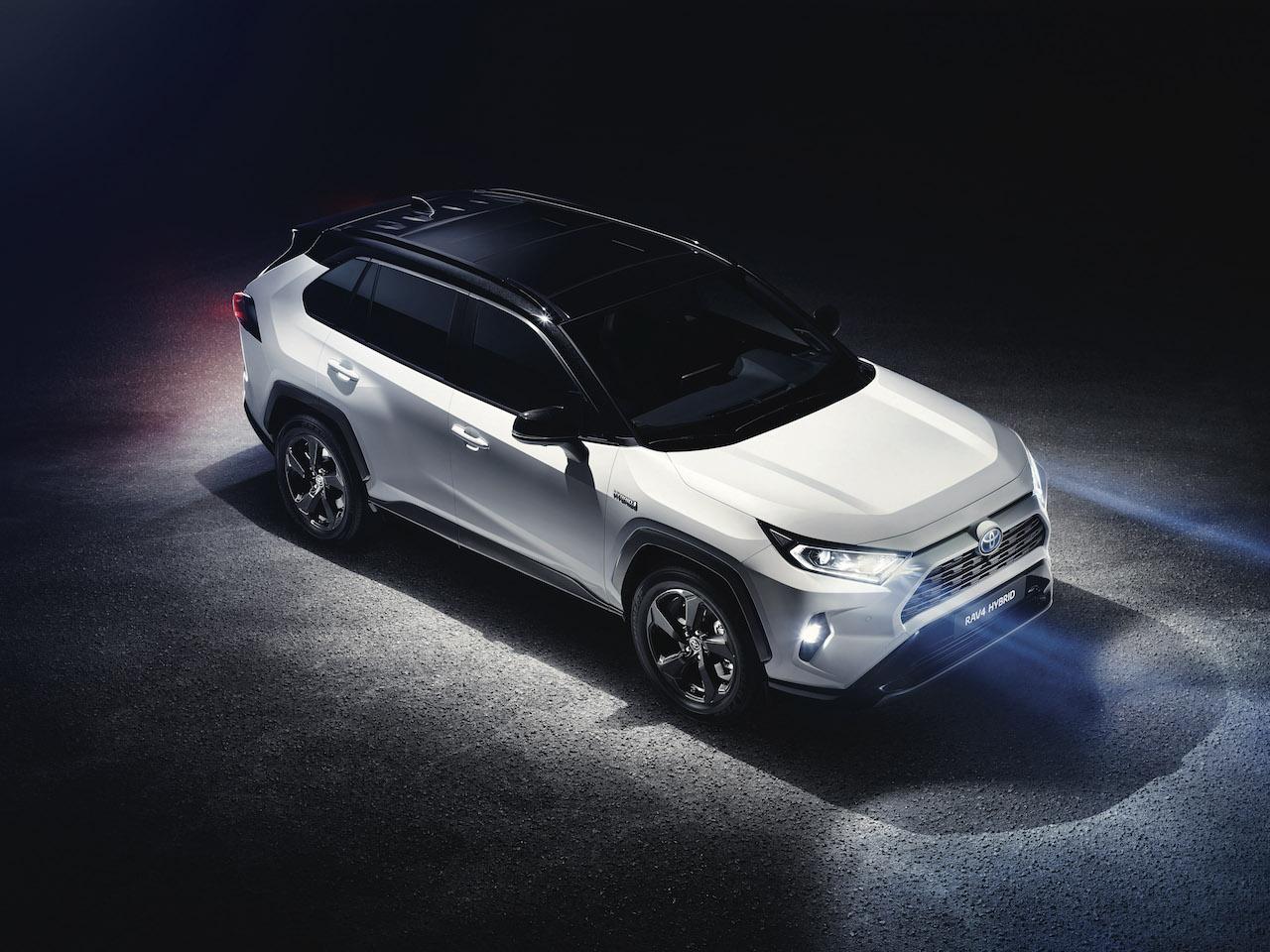 Toyota RAV4 2018 (1)