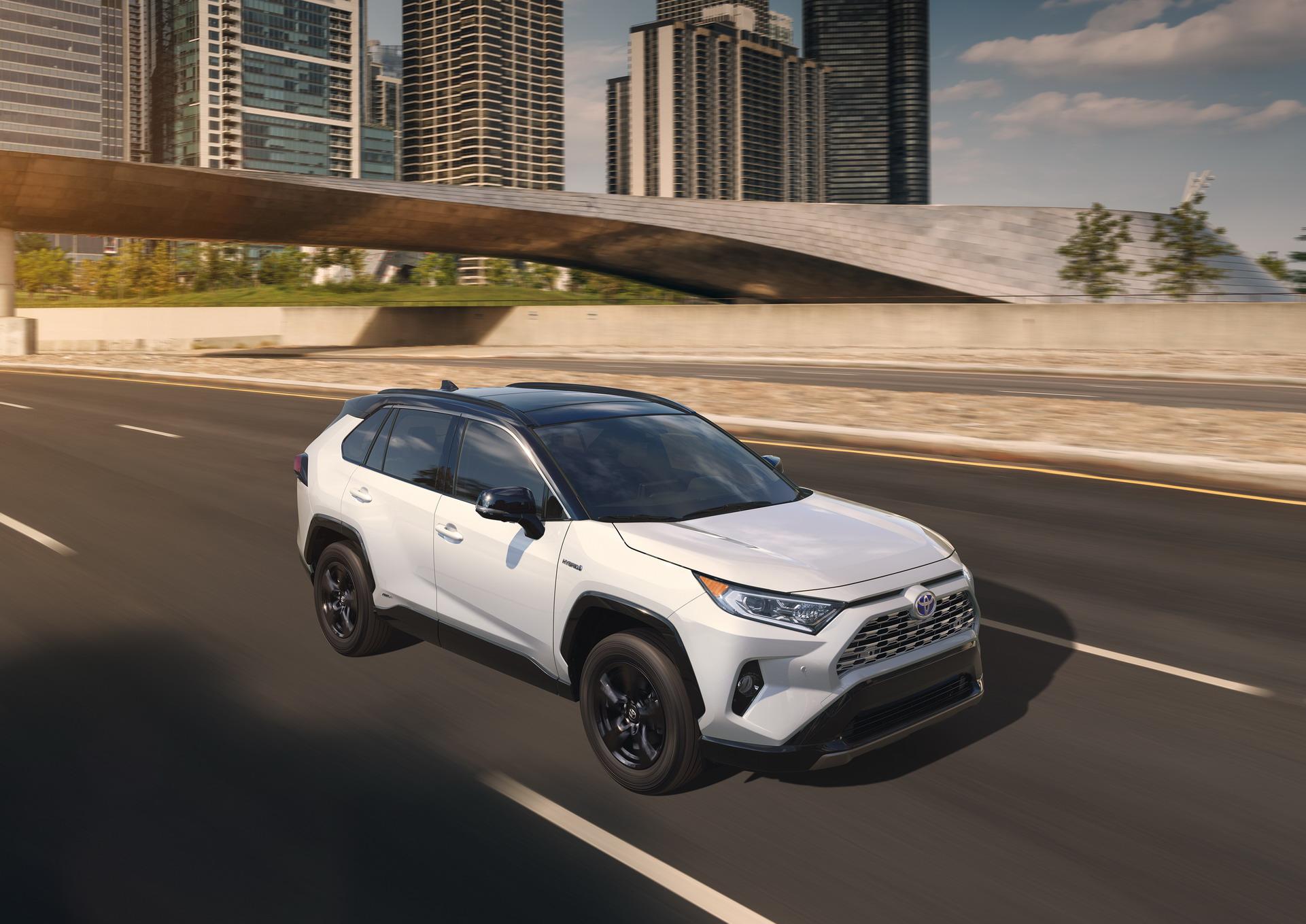 Toyota RAV4 2018 (28)
