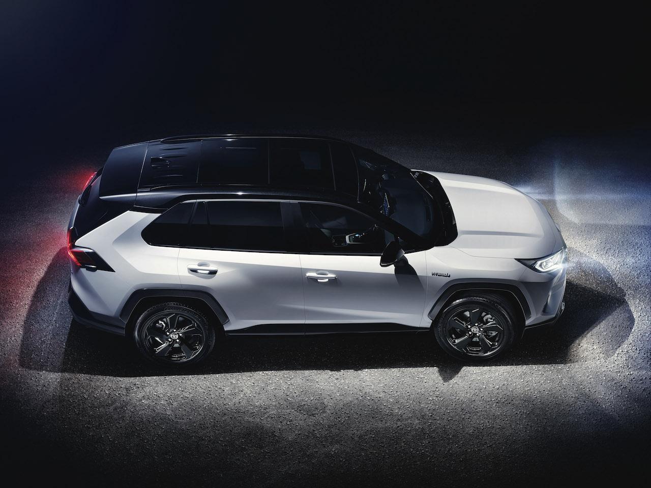 Toyota RAV4 2018 (4)