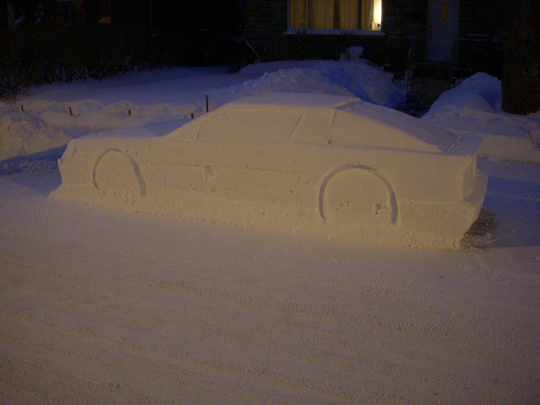 Toyota Supra snow (3)