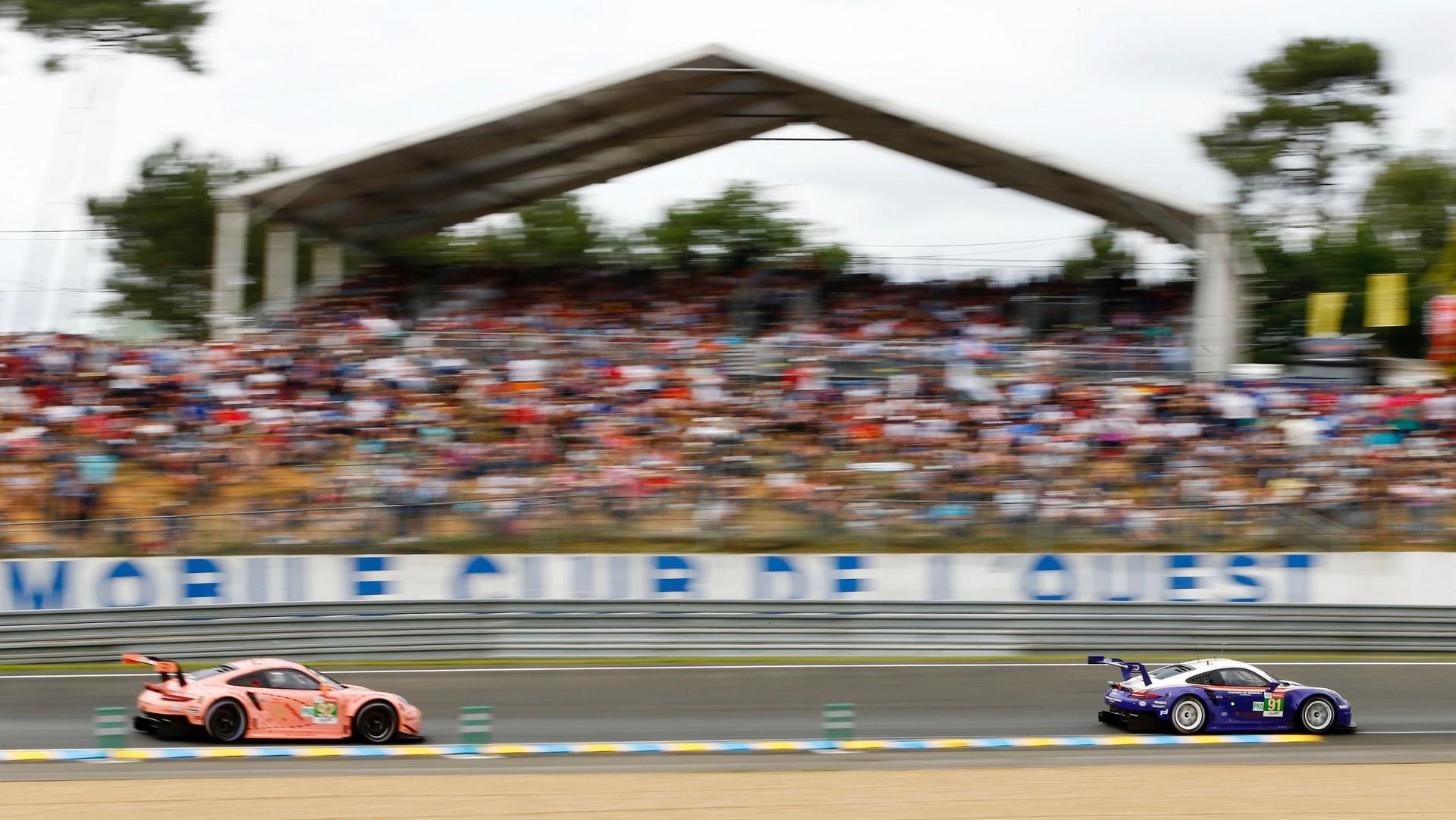 Porsche 911 RSR, Porsche GT Team (91), Gianmaria Bruni (I), Richard Lietz (A), Frederic Makowiecki (F), Porsche GT Team (92), Michael Christensen (DK), Kevin Estre (F) Laurens Vanthoor (B), Le Mans 2018