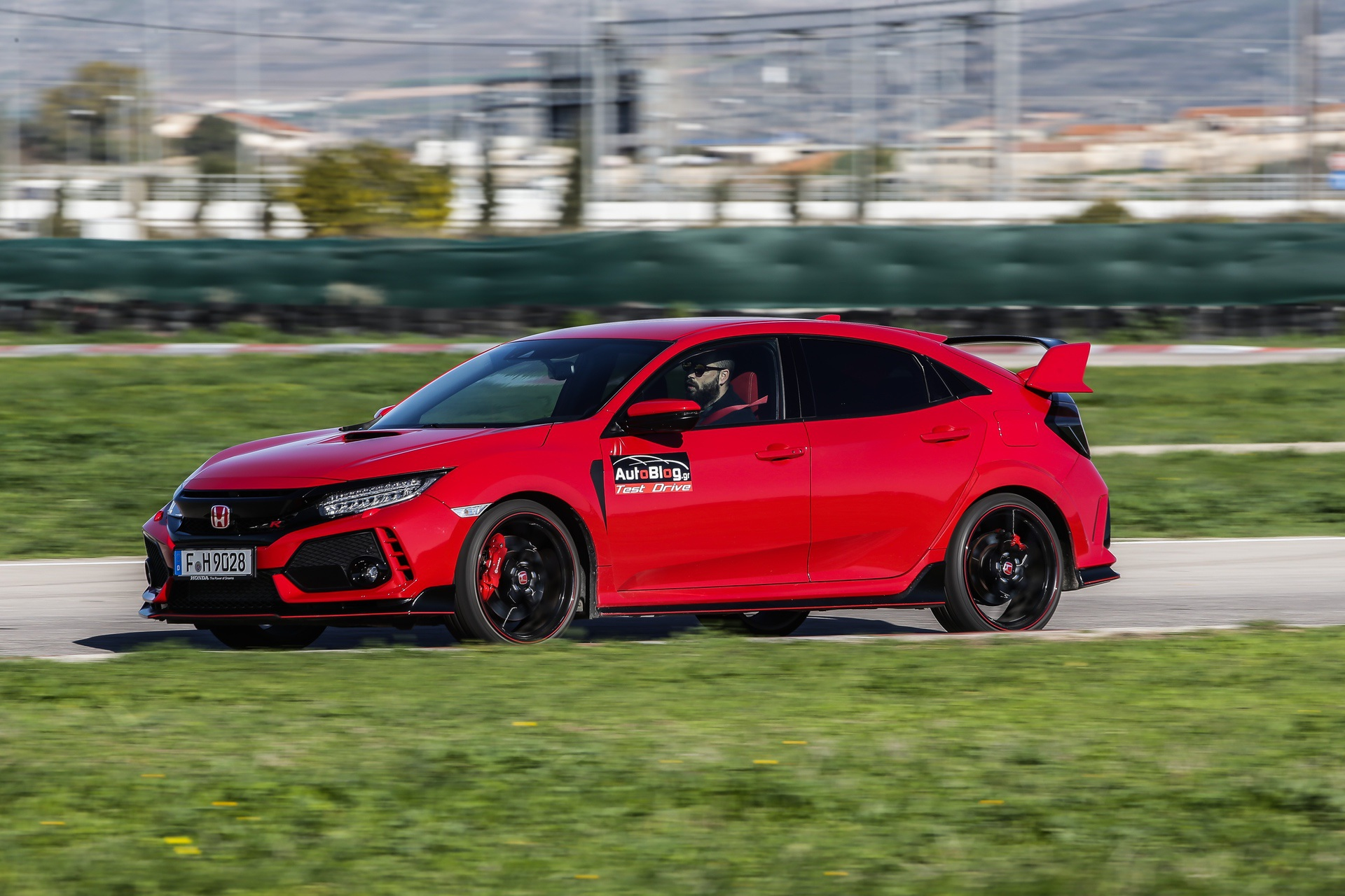 Track_Test_Honda_Civic_Type_R_007