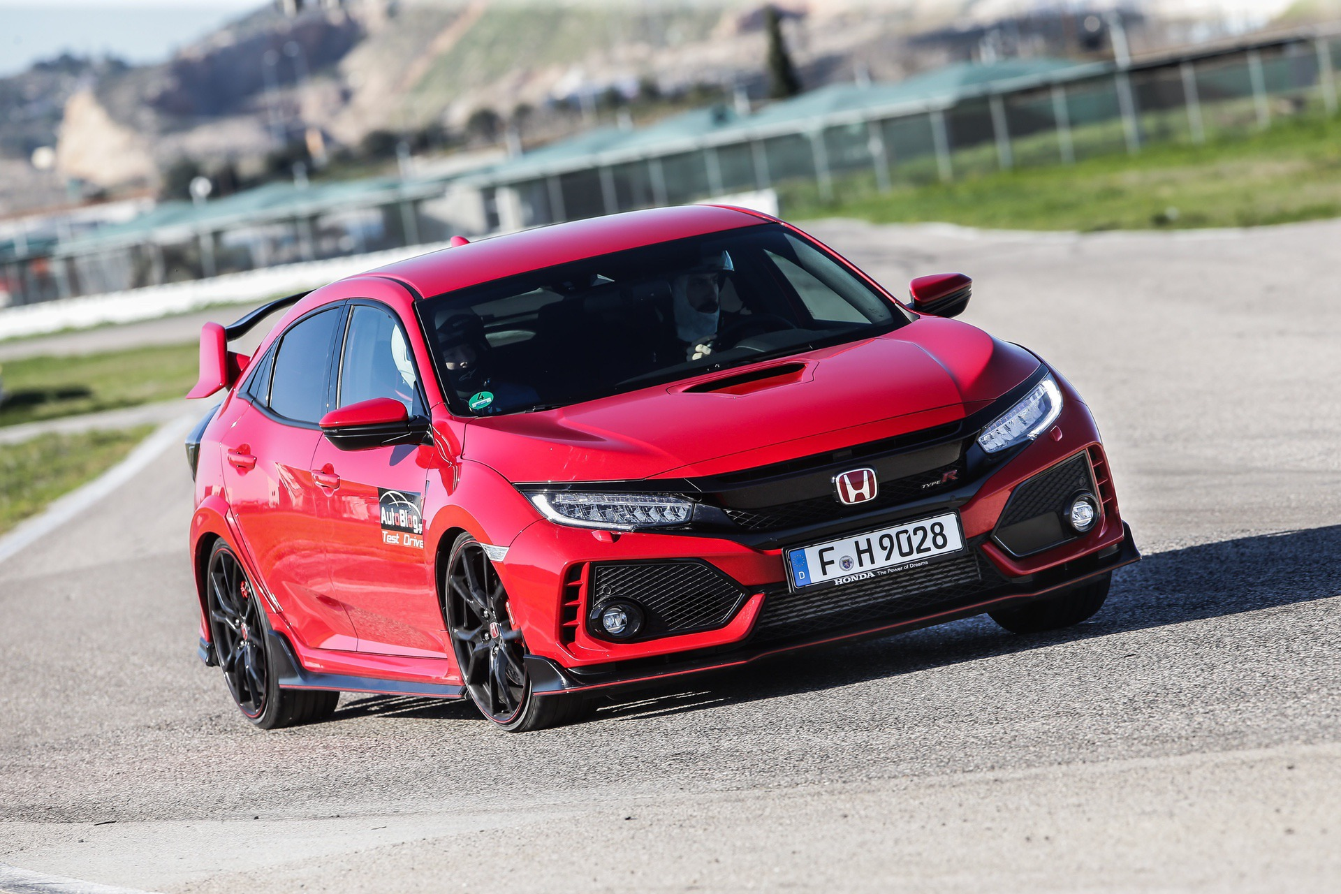 Track_Test_Honda_Civic_Type_R_009
