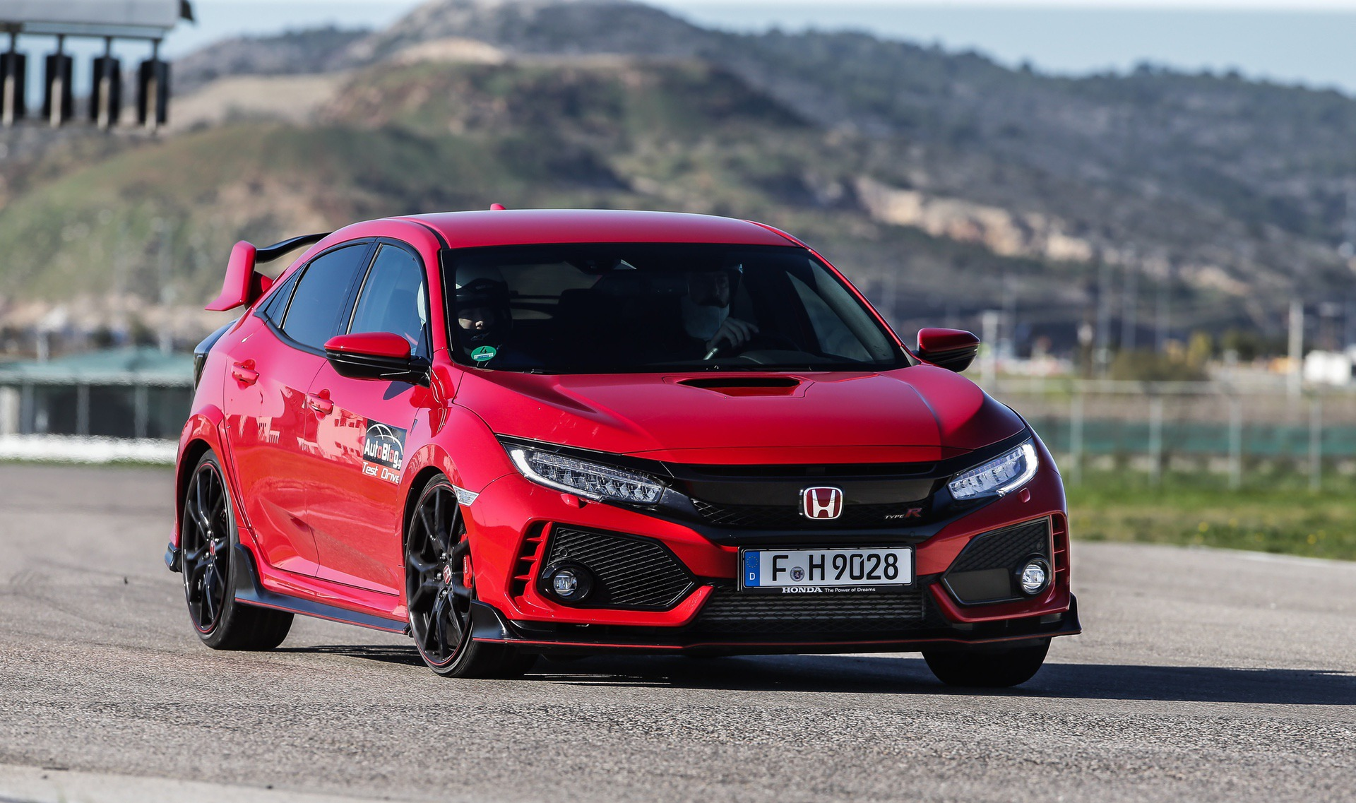 Track_Test_Honda_Civic_Type_R_012
