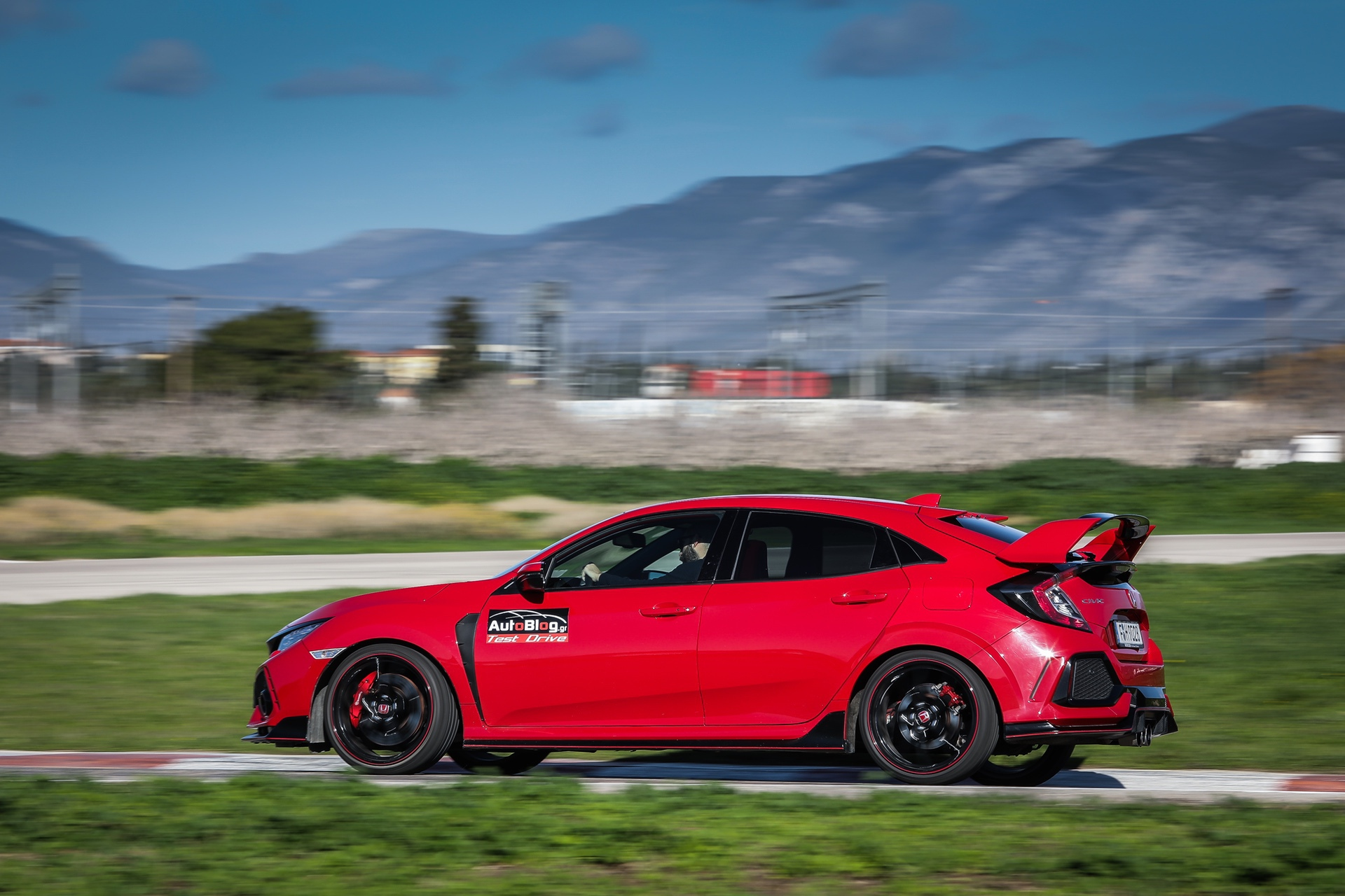 Track_Test_Honda_Civic_Type_R_016