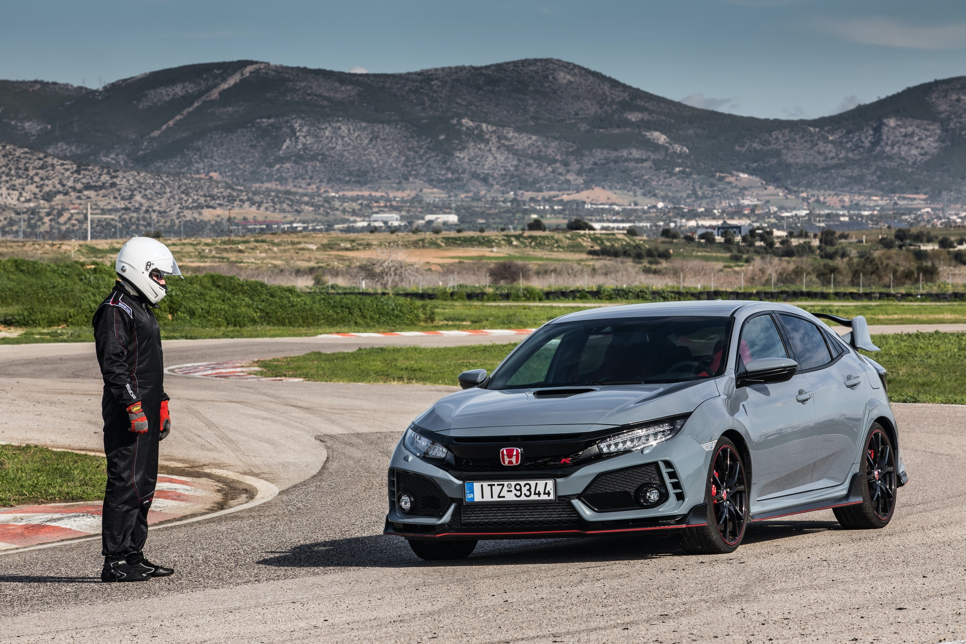 Track_Test_Honda_Civic_Type_R_046