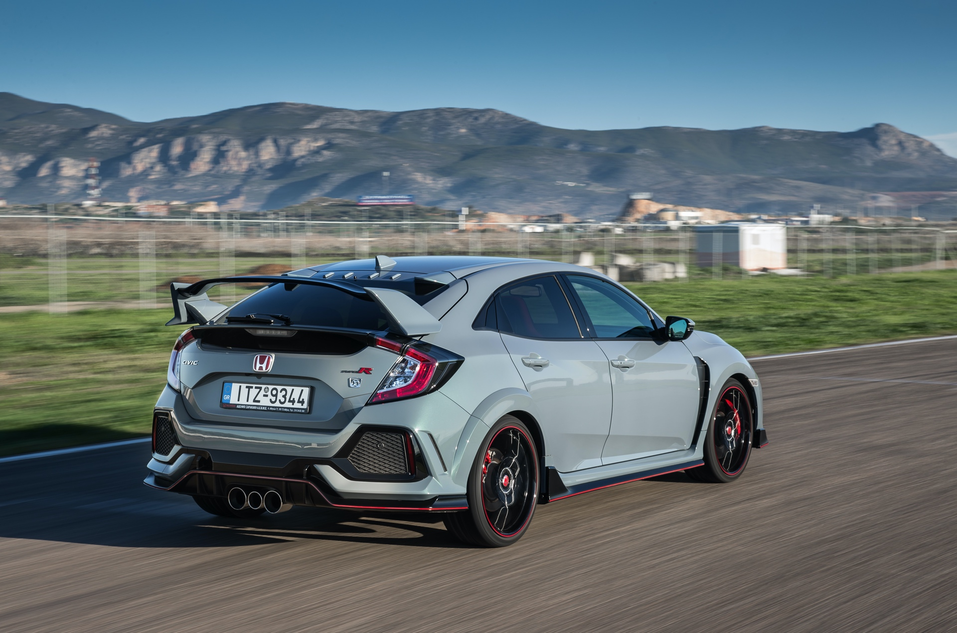 Track_Test_Honda_Civic_Type_R_052