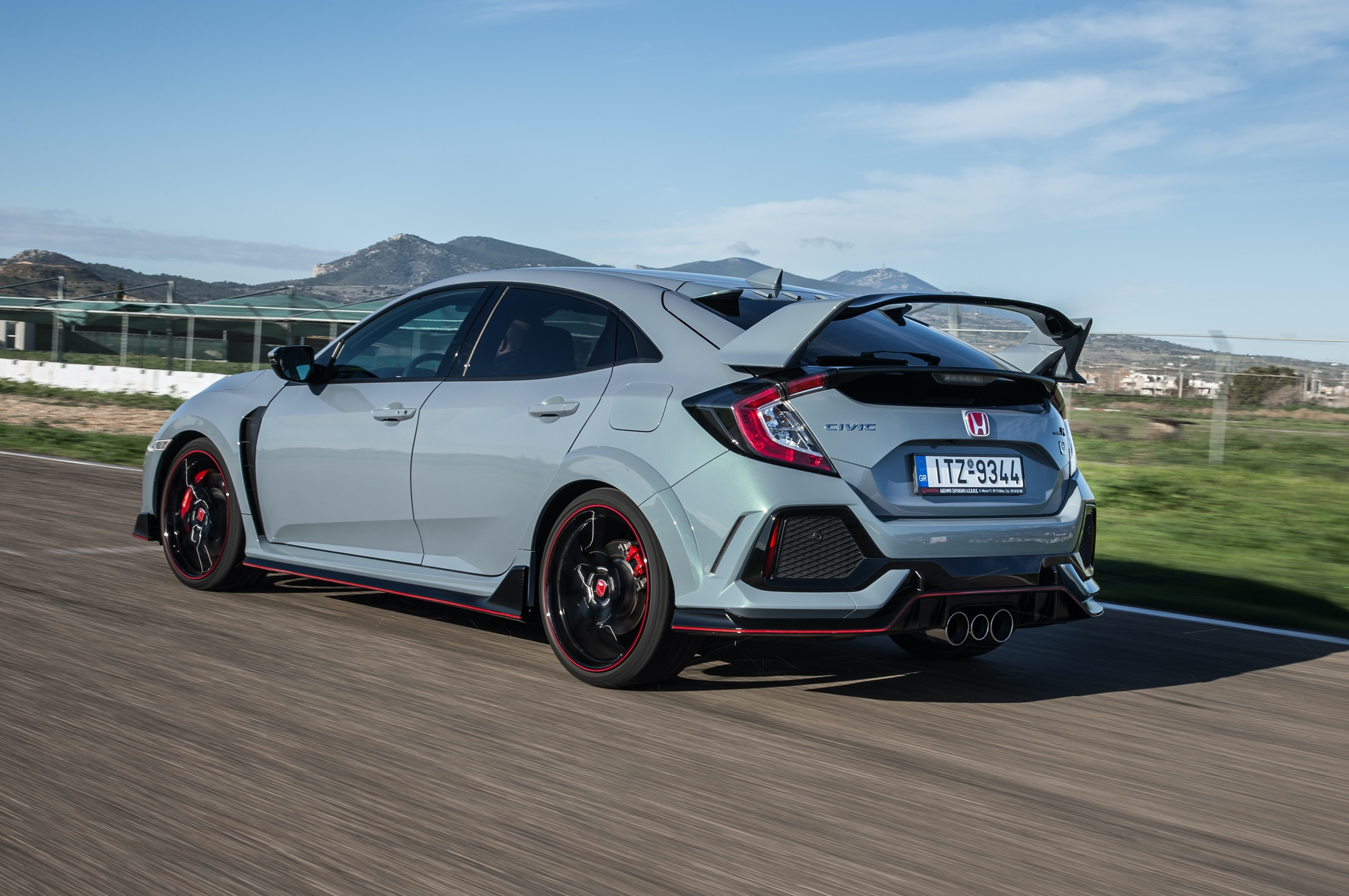 Track_Test_Honda_Civic_Type_R_059