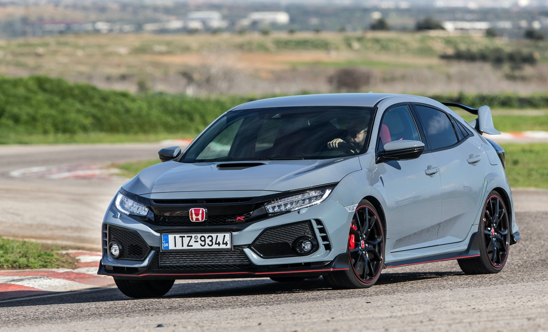 Track_Test_Honda_Civic_Type_R_068