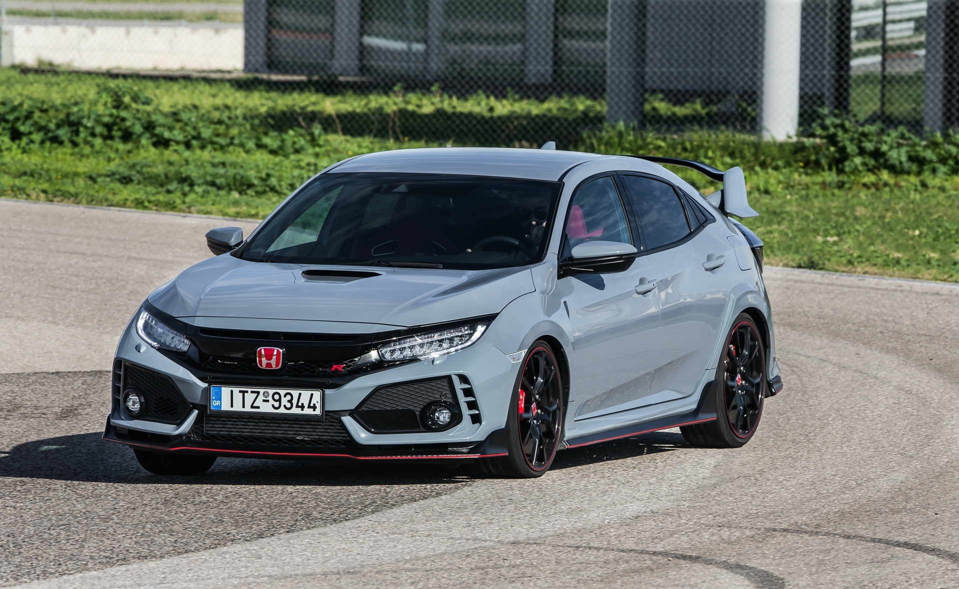Track_Test_Honda_Civic_Type_R_092