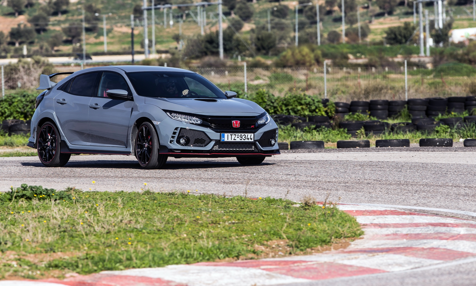 Track_Test_Honda_Civic_Type_R_094