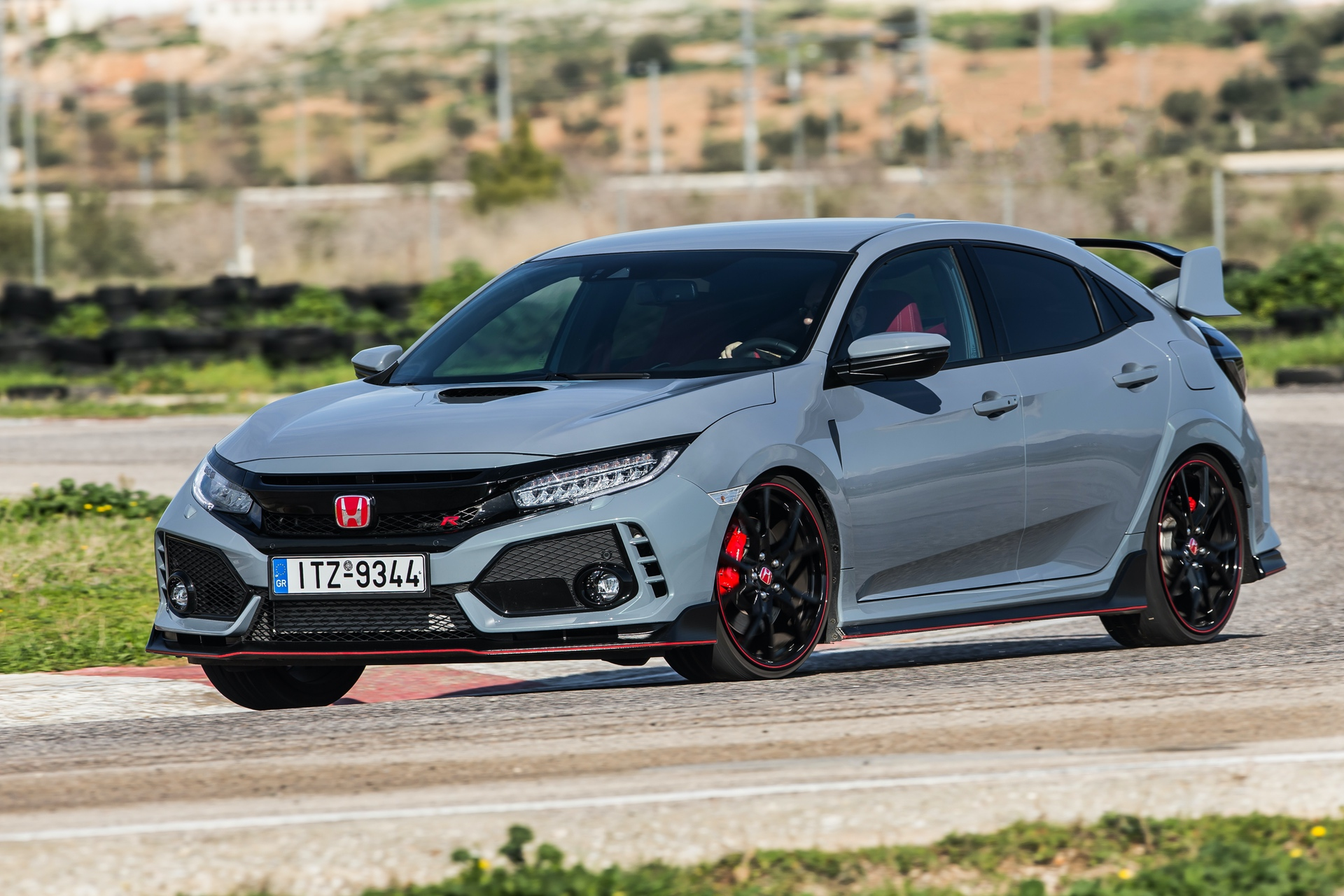 Track_Test_Honda_Civic_Type_R_096