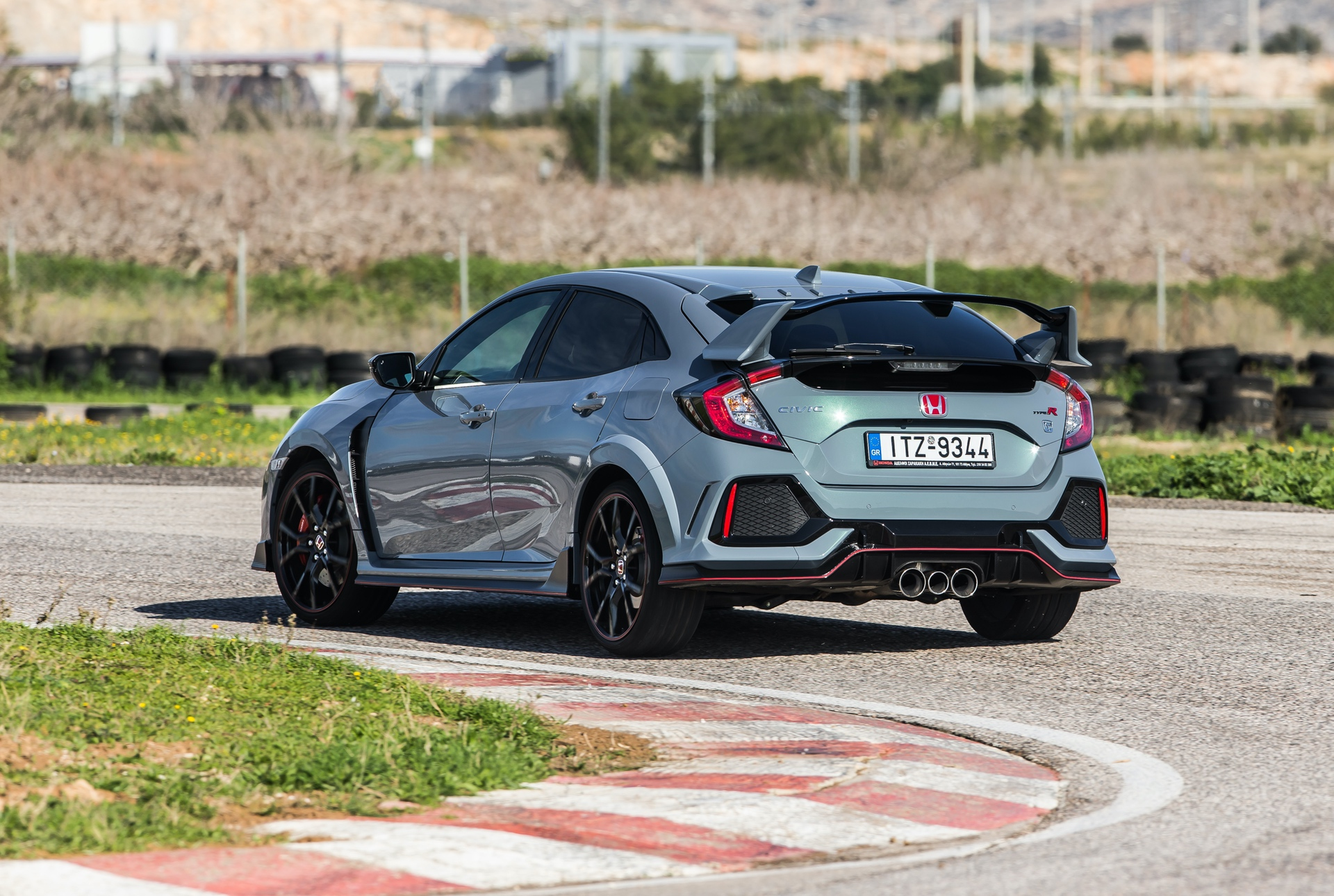 Track_Test_Honda_Civic_Type_R_099