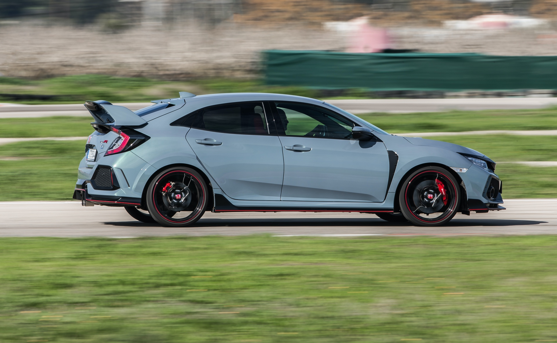Track_Test_Honda_Civic_Type_R_100
