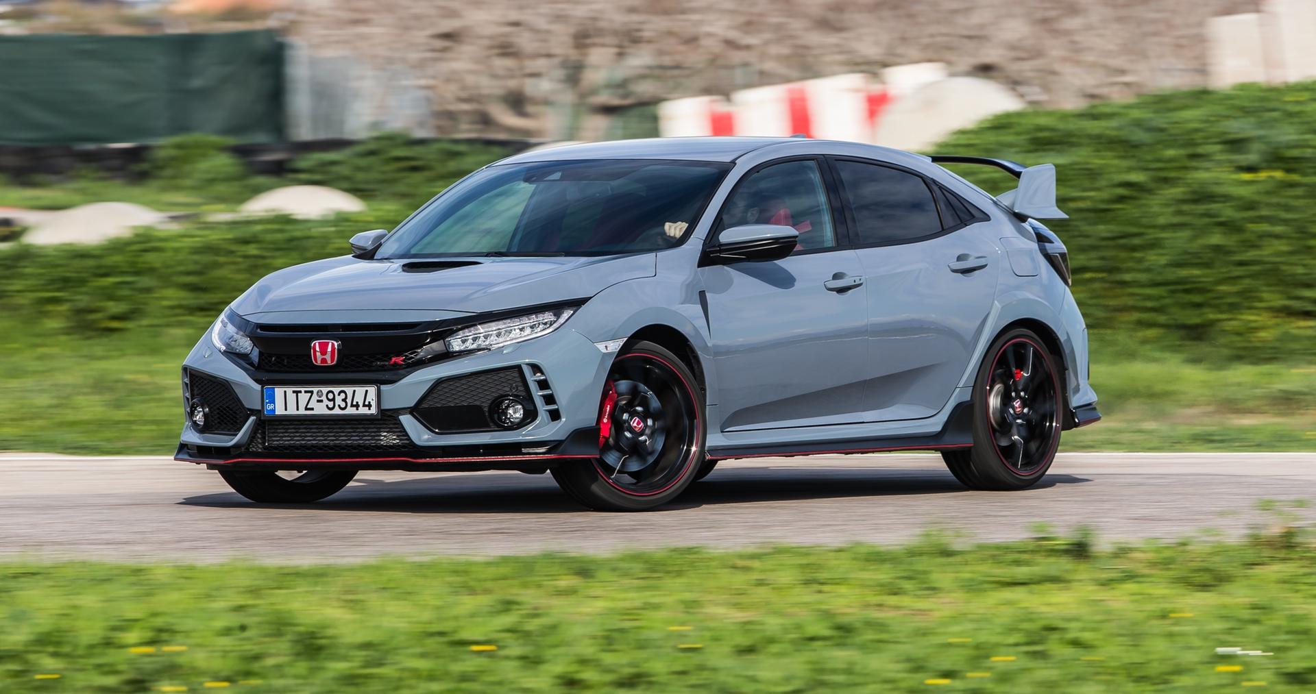 Track_Test_Honda_Civic_Type_R_103