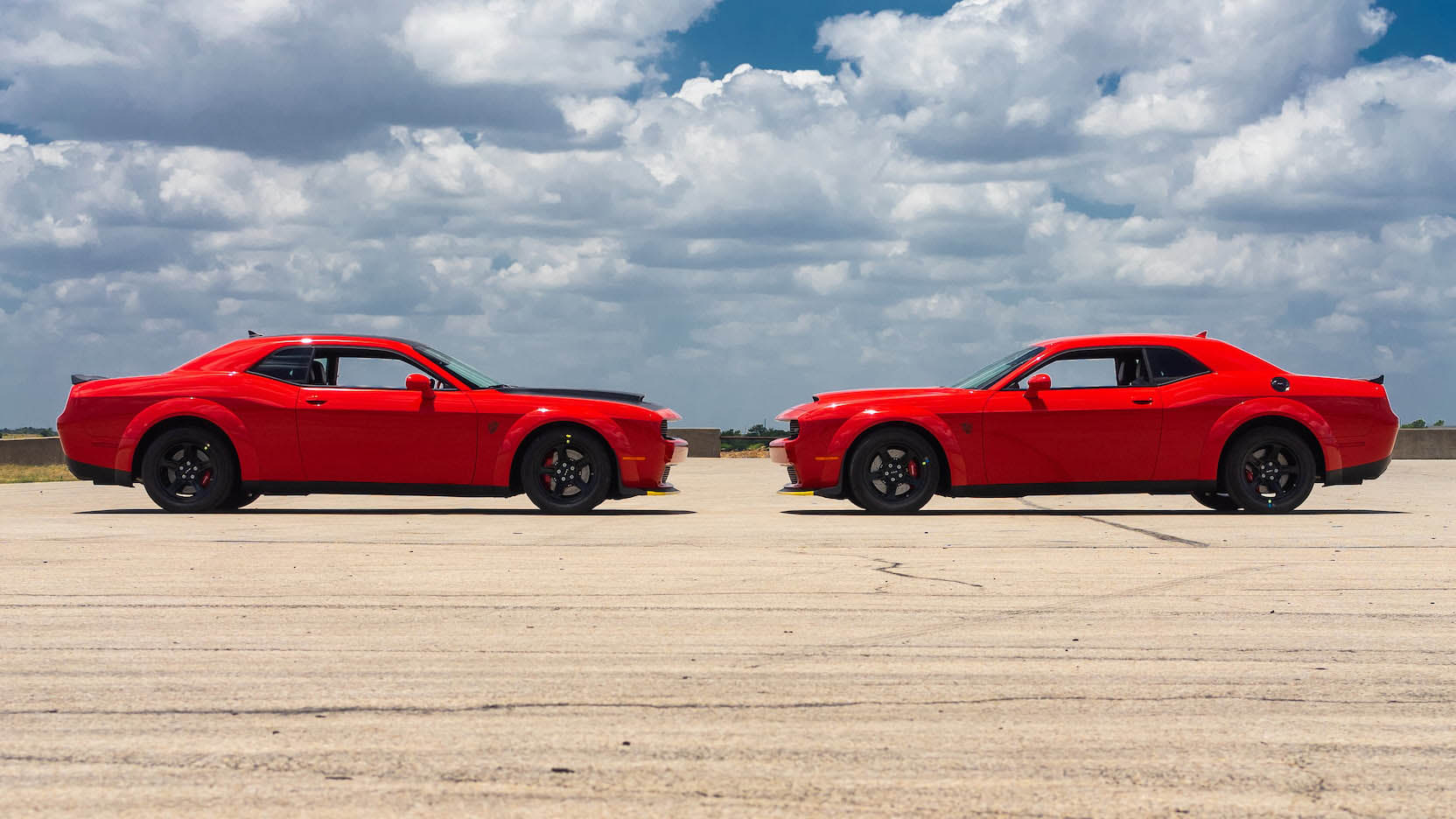 Two Dodge Challenger Demon in auction (11)