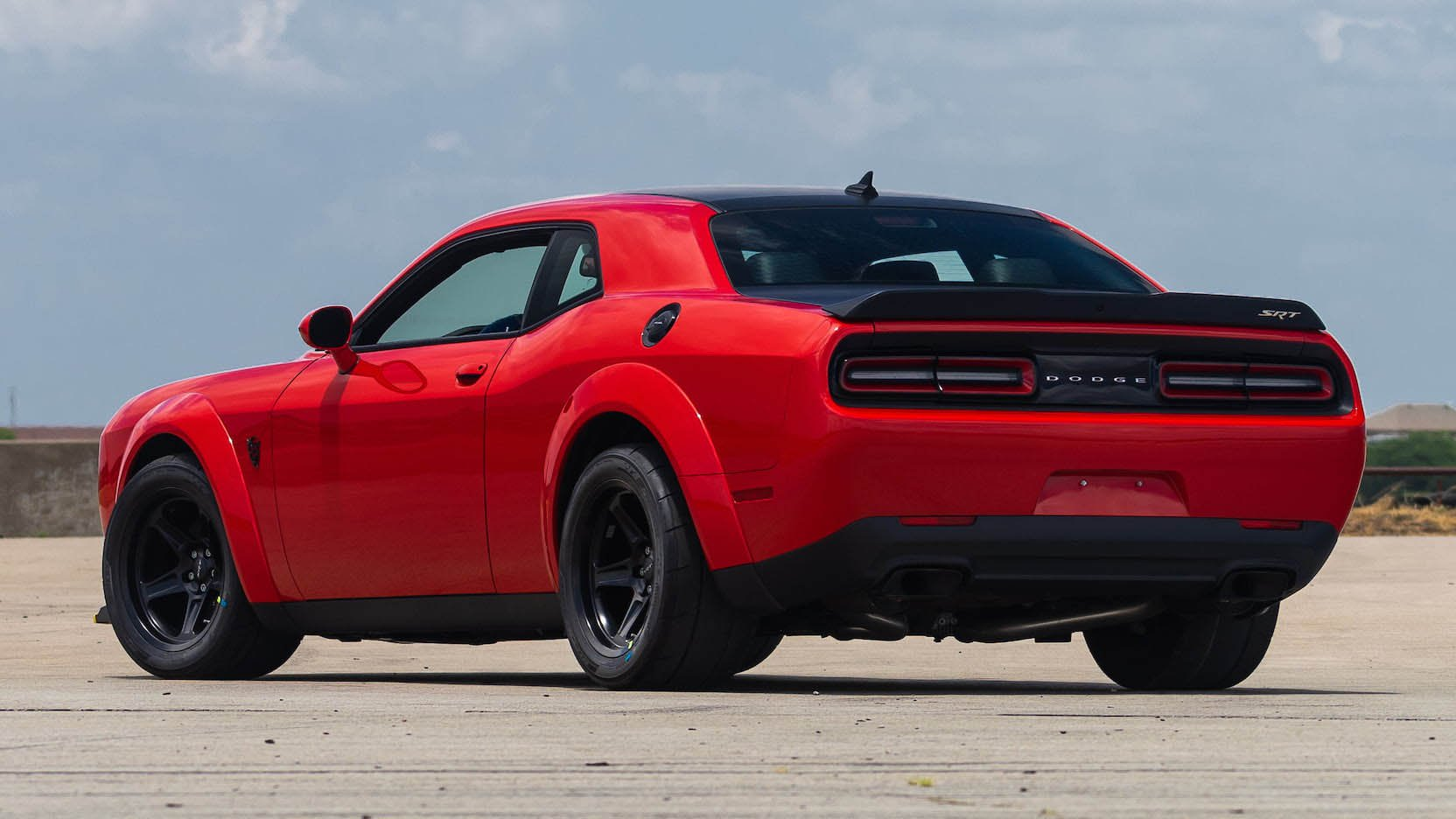 Two Dodge Challenger Demon in auction (17)