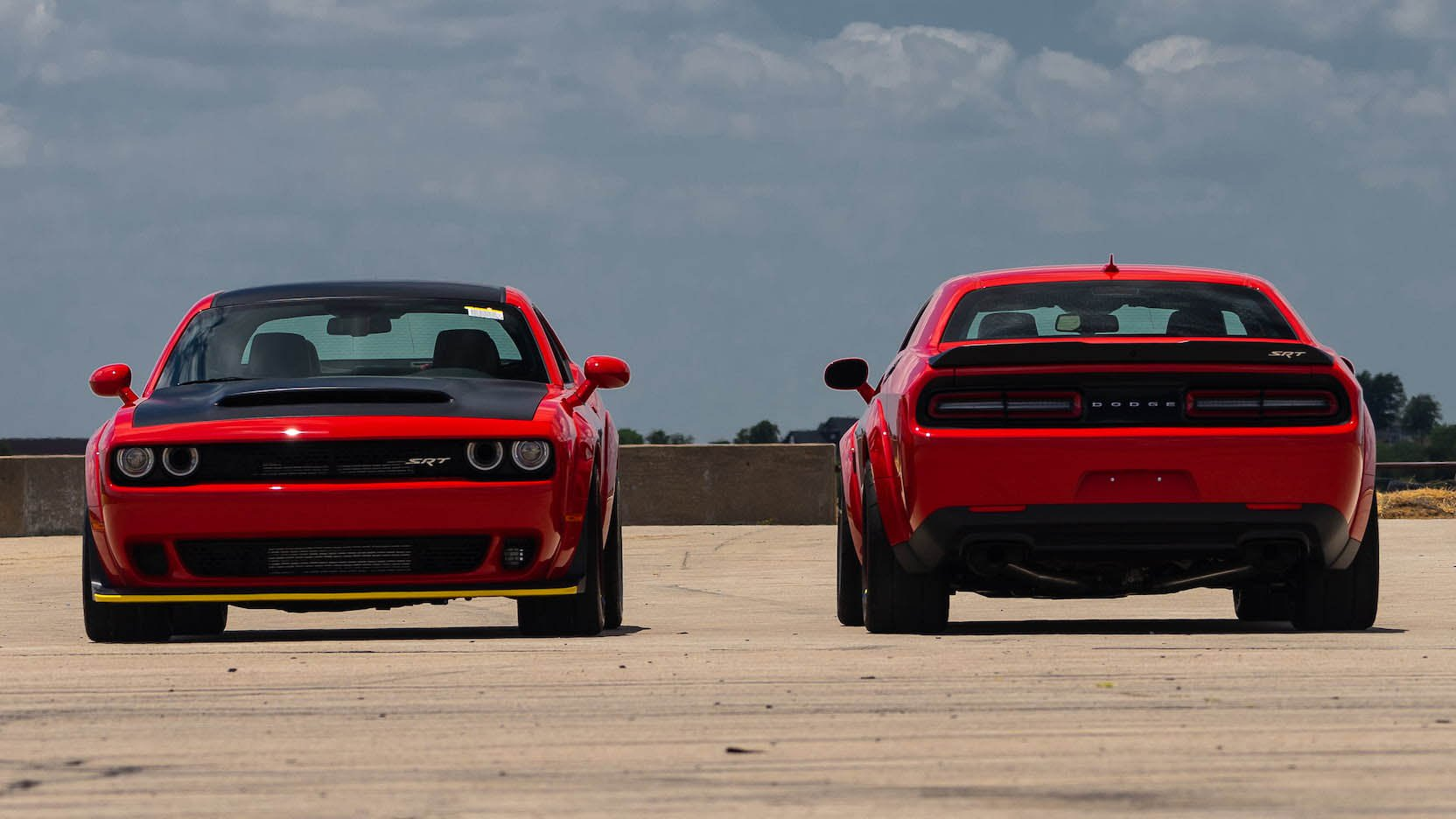 Two Dodge Challenger Demon in auction (8)