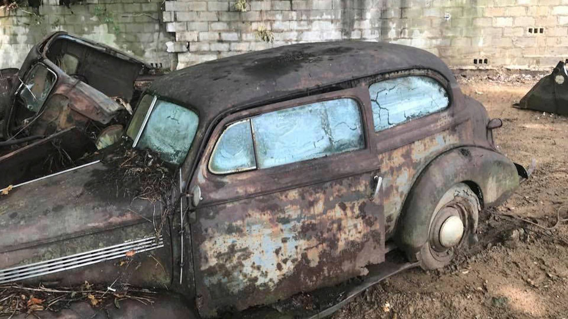 unearthed-pre-war-classic-cars